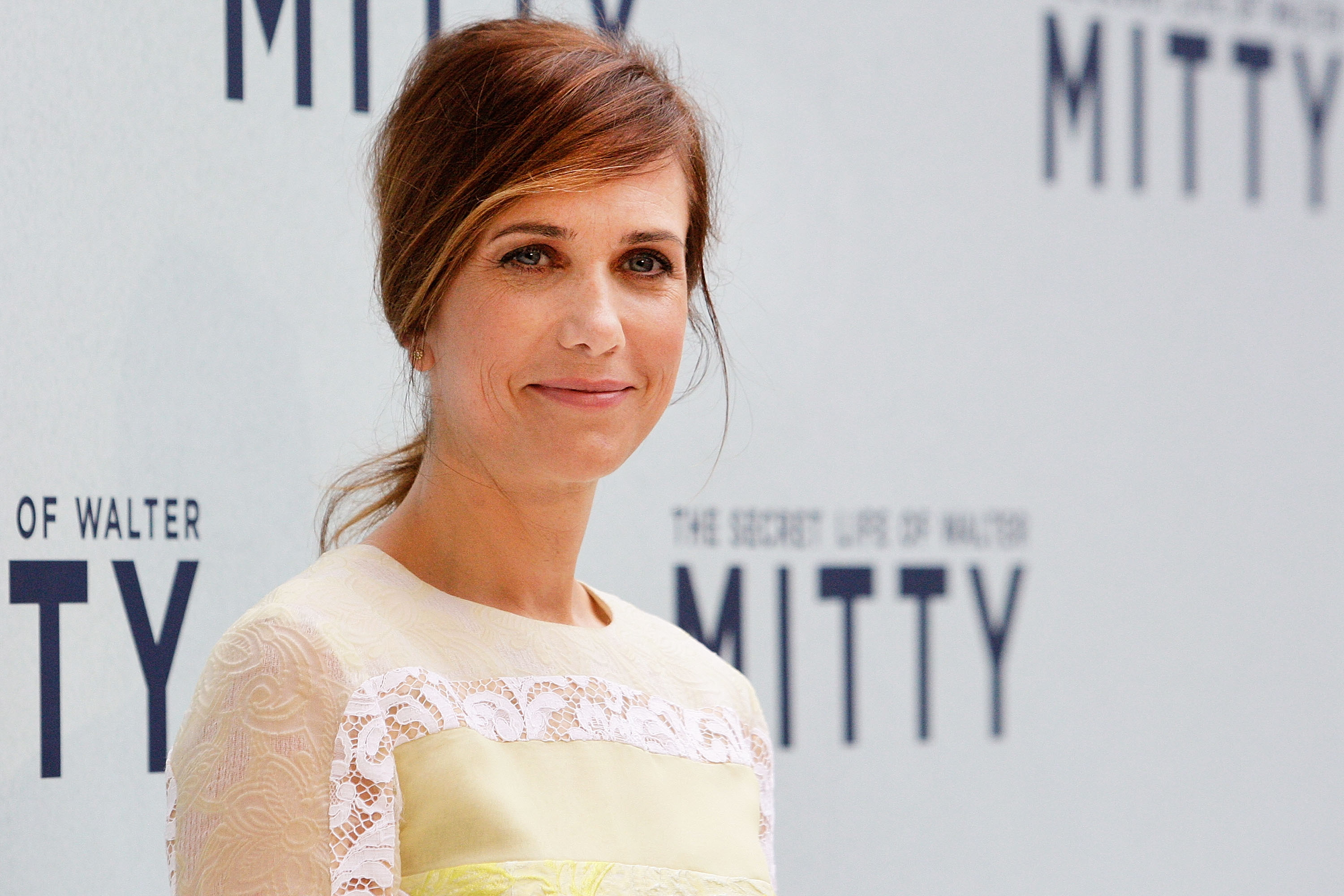 Kristen Wiig walks the red carpet at the Australian Premiere of The Secret Life of Walter Mitty at Sydney Entertainment Centre on November 21, 2013 in Sydney, Australia.