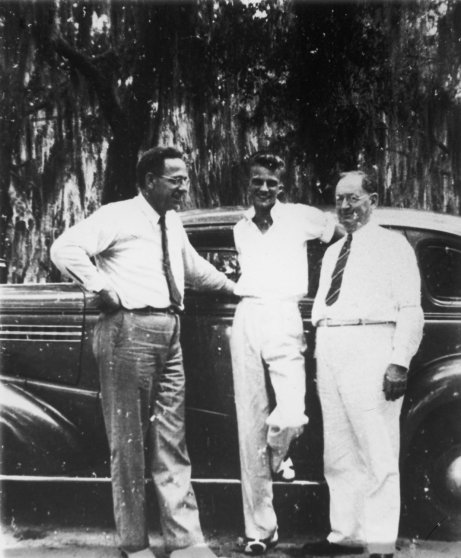 Graham (center) at the Florida Bible Institute in 1940. He eventually graduated from Wheaton College in Illinois in 1943.