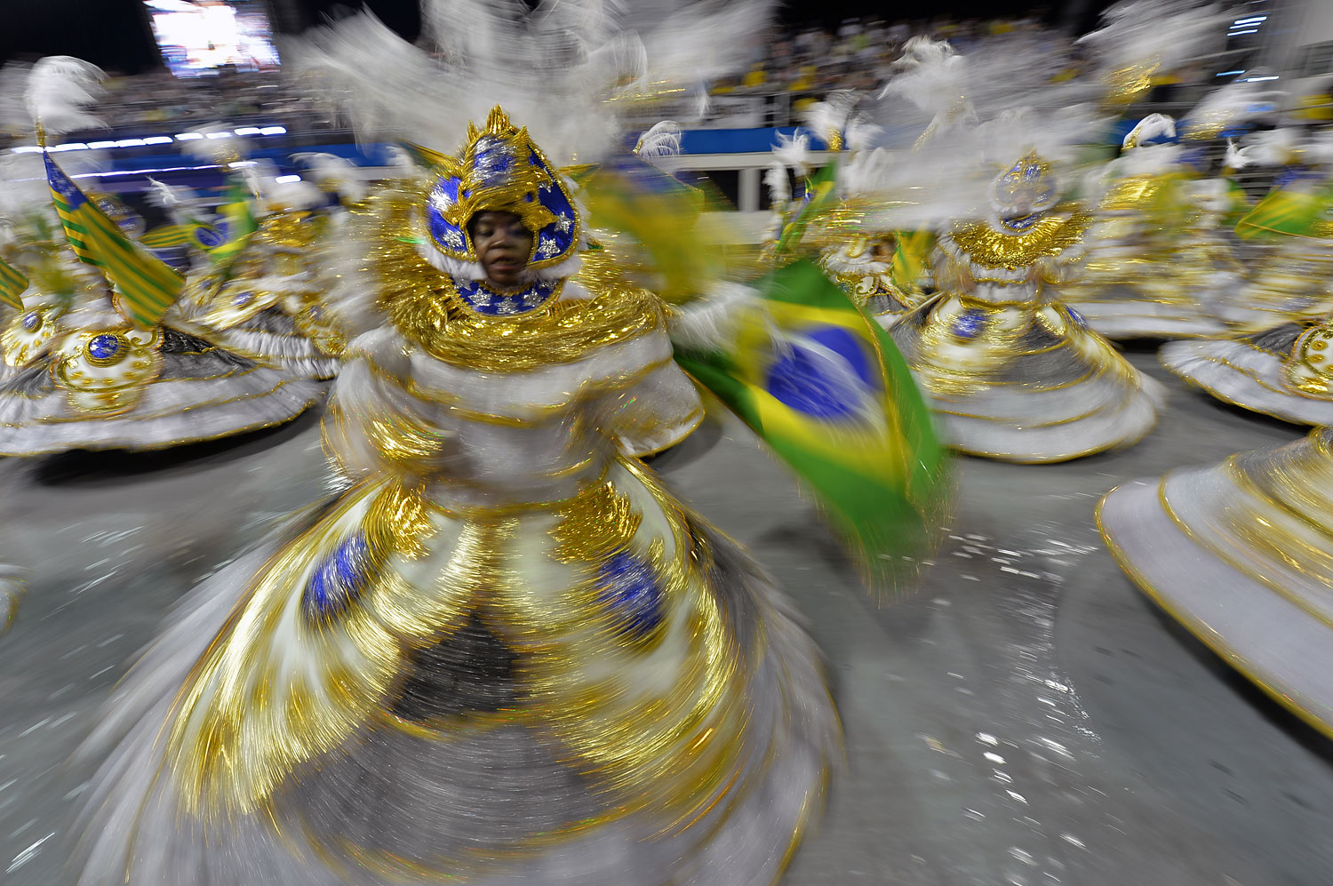 Revelers of Vai-Vai samba school perform during the first night of carnival parade in Sao Paulo, March 1, 2014.
