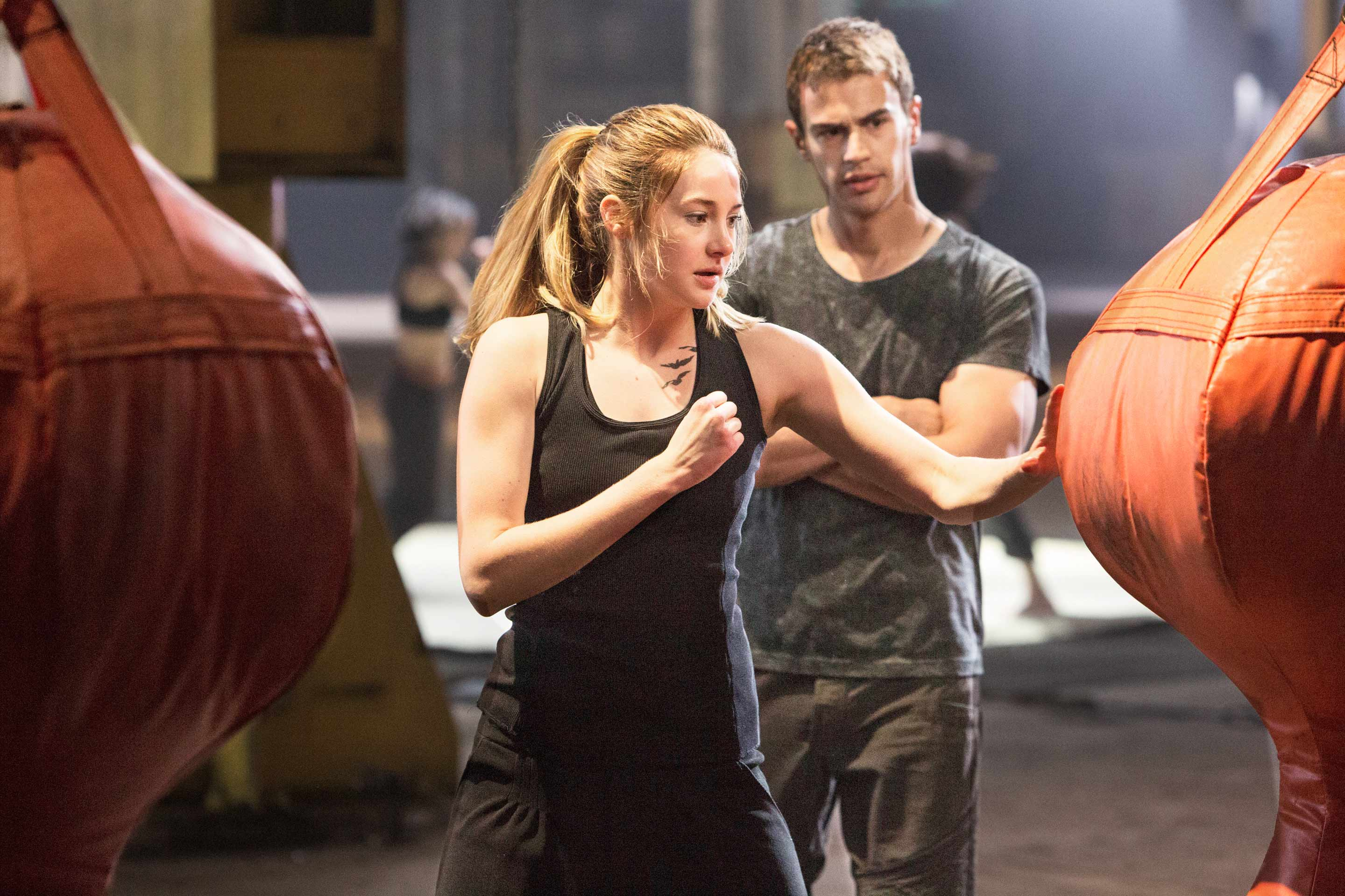 Shailene Woodley and Theo James buck the postapocalyptic order in Divergent