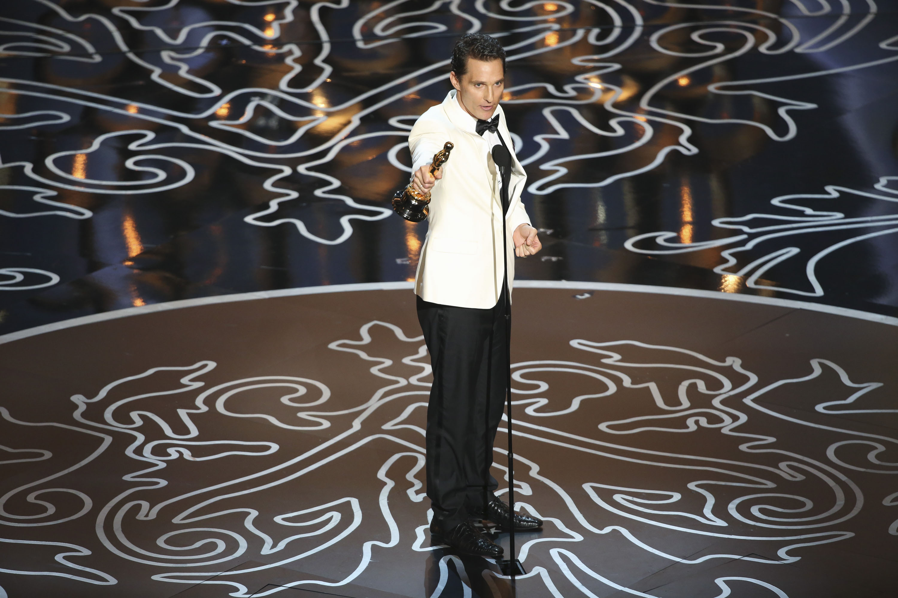 Matthew McConaughey accepts the Best Actor award at the 2014 Oscars