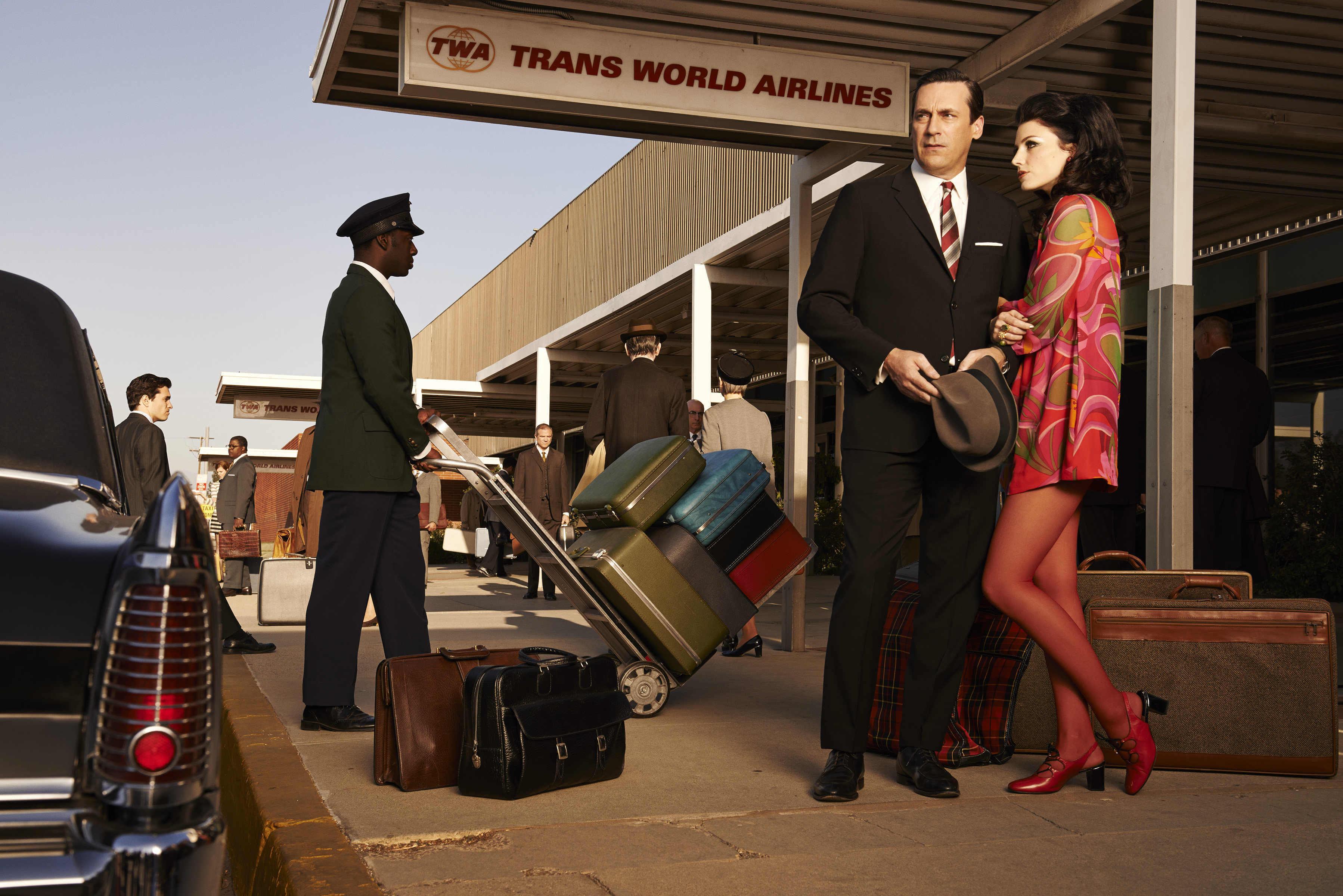 Don Draper (Jon Hamm) and Megan Draper (Jessica Pare) - Mad Men