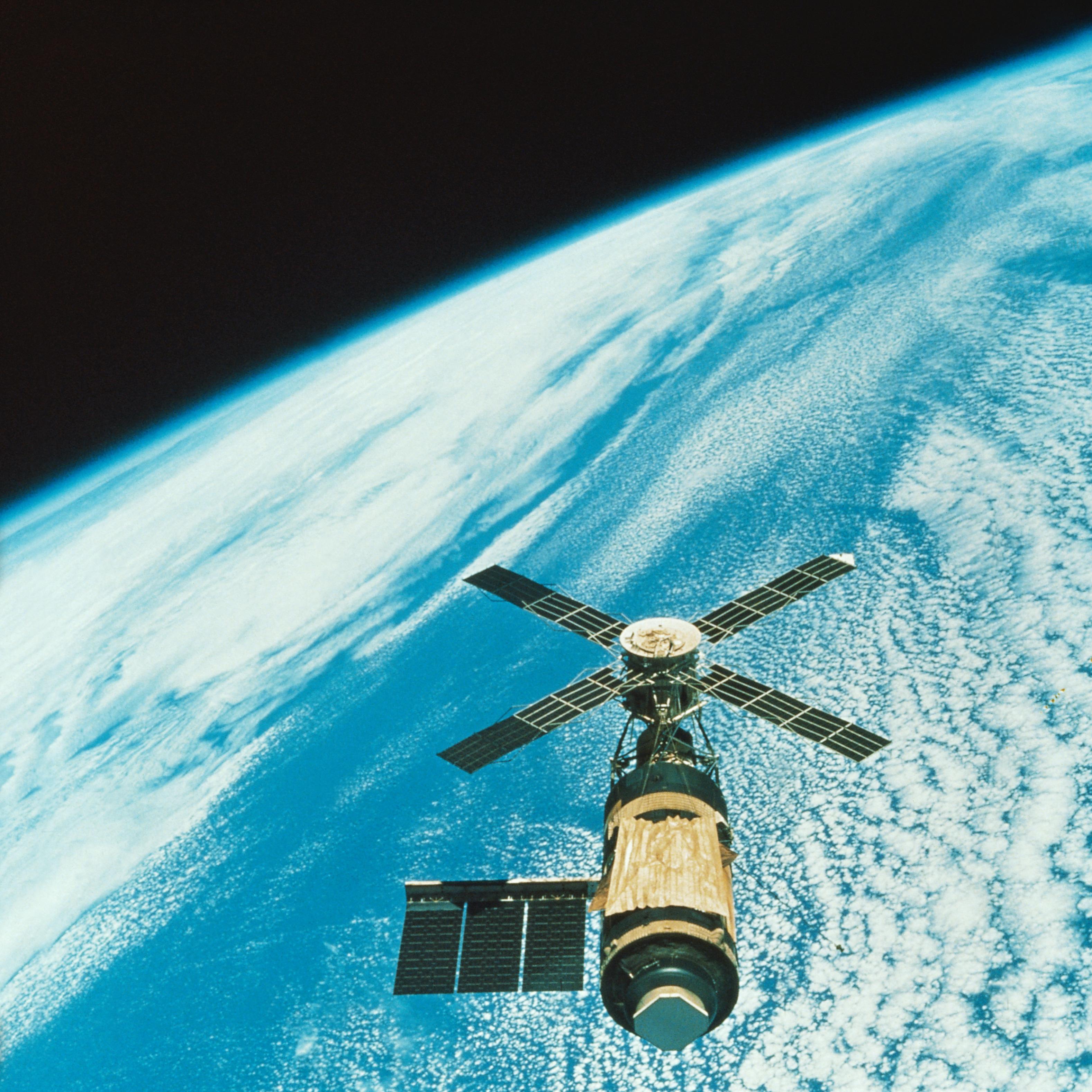 Skylab over Earth
