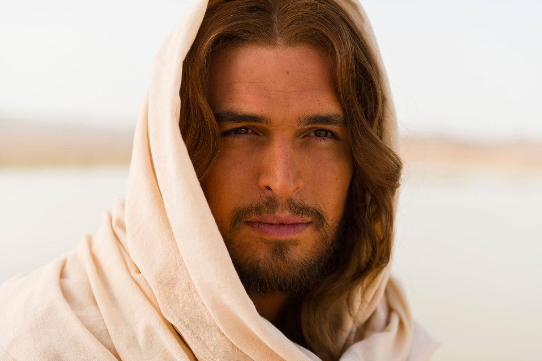 Diogo Morgado stars as Jesus in SON OF GOD.