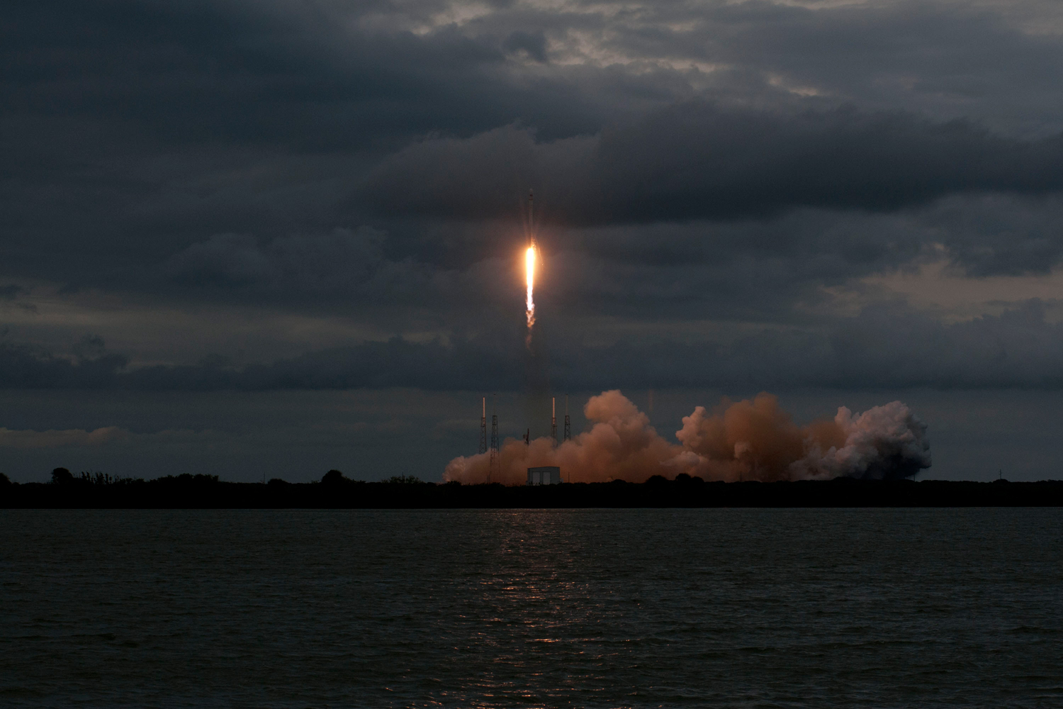 SpaceX's Falcon 9 launches with Thailand's Thaicom 6 satellite aboard, on Jan. 6, 2014 from Cape Canaveral