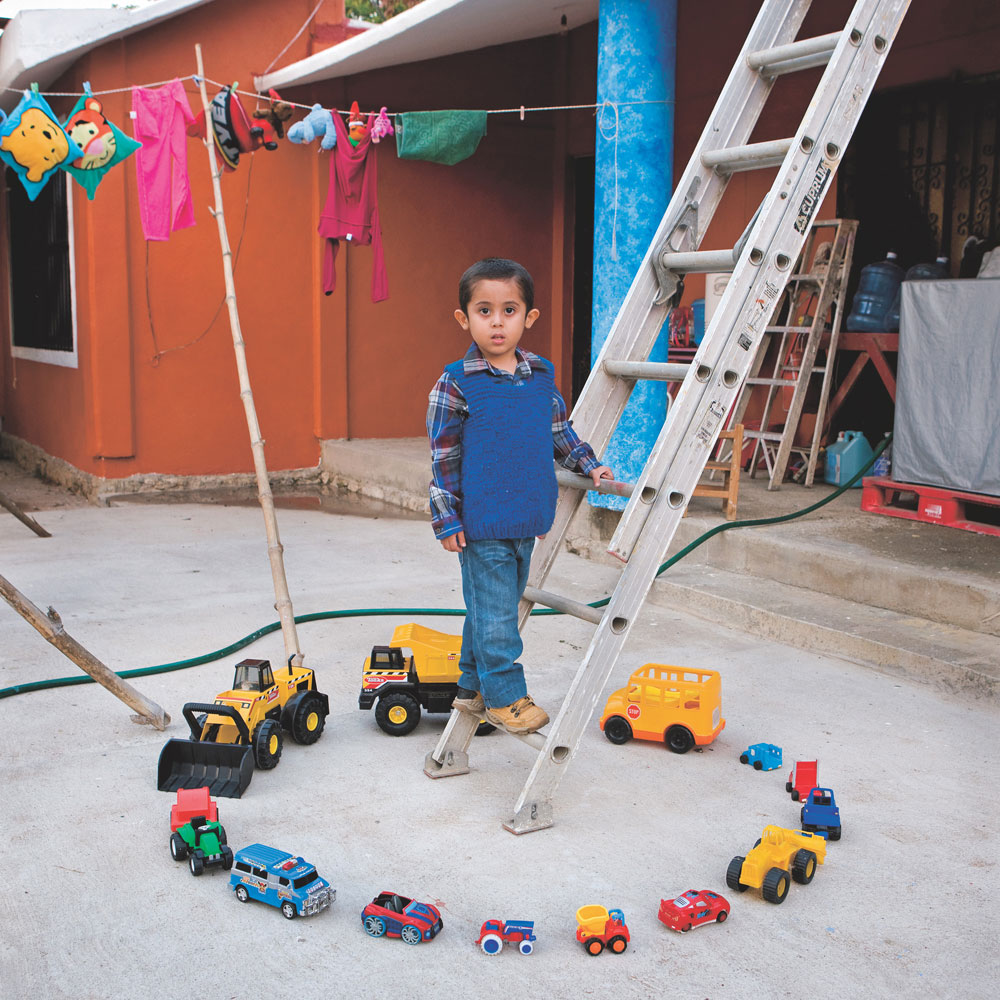 Abel, 4                                                                                             Nopaltepec, Mexico