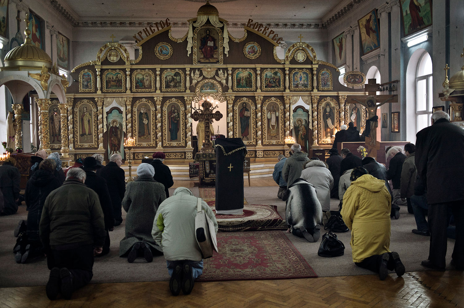 Parishioners gather for Sunday Mass at the main Ukrainian Orthodox Church in Crimea on March 16, 2014. The leaders of the Ukrainian Orthodox Church urged their congregations to boycott the referendum.