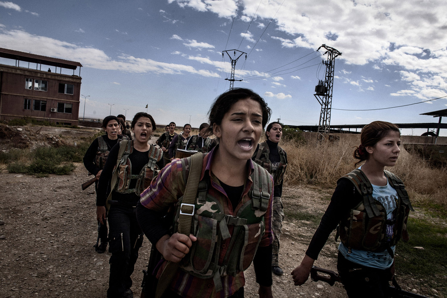 Young recruits during the training in the YPG camp near al-Malikiyah (Derik).