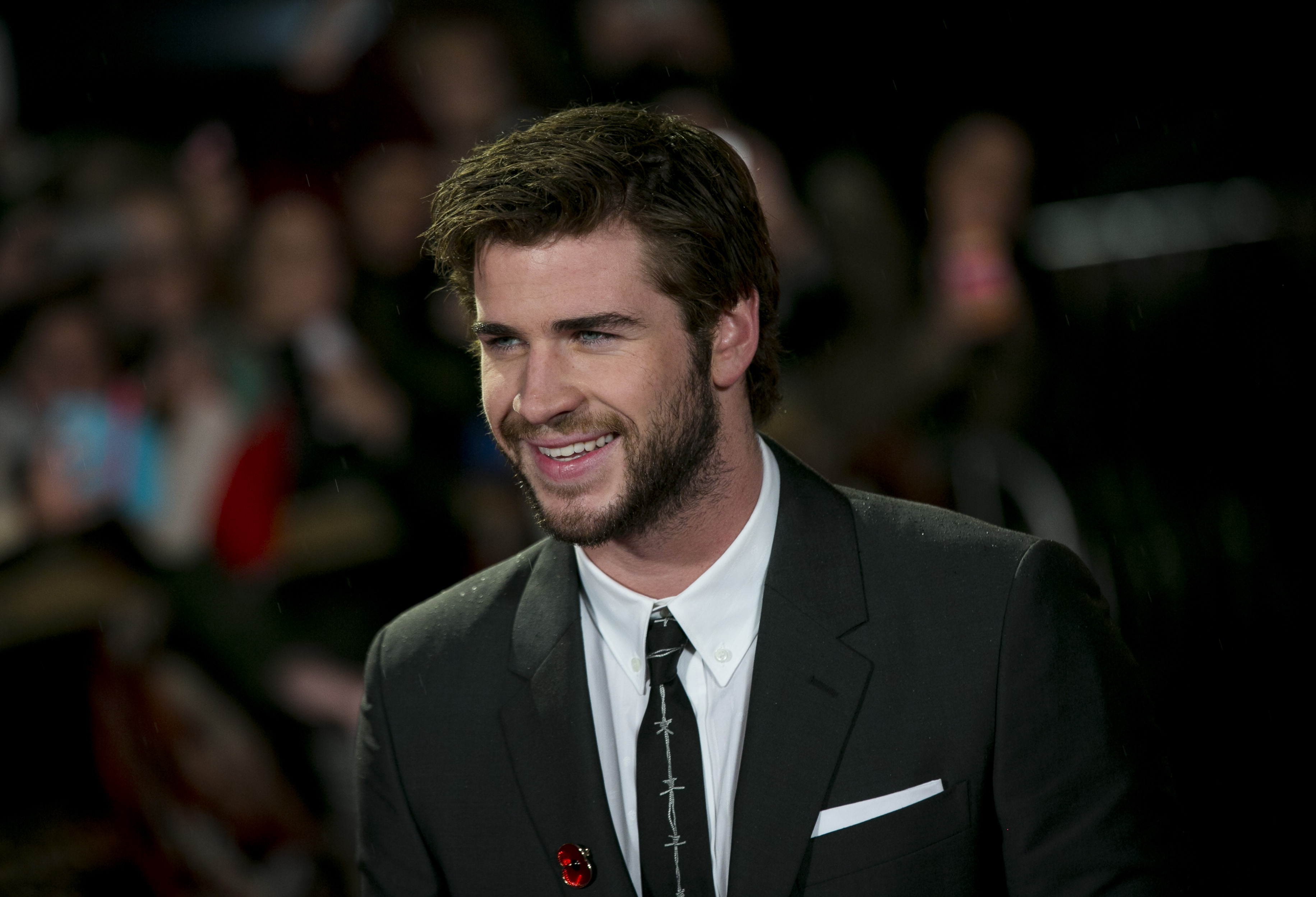 LONDON, UNITED KINGDOM - NOVEMBER 11: Liam Hemsworth attends the UK Premiere of  The Hunger Games: Catching Fire  at Odeon Leicester Square on November 11, 2013 in London, England. (Photo by John Phillips/UK Press via Getty Images)