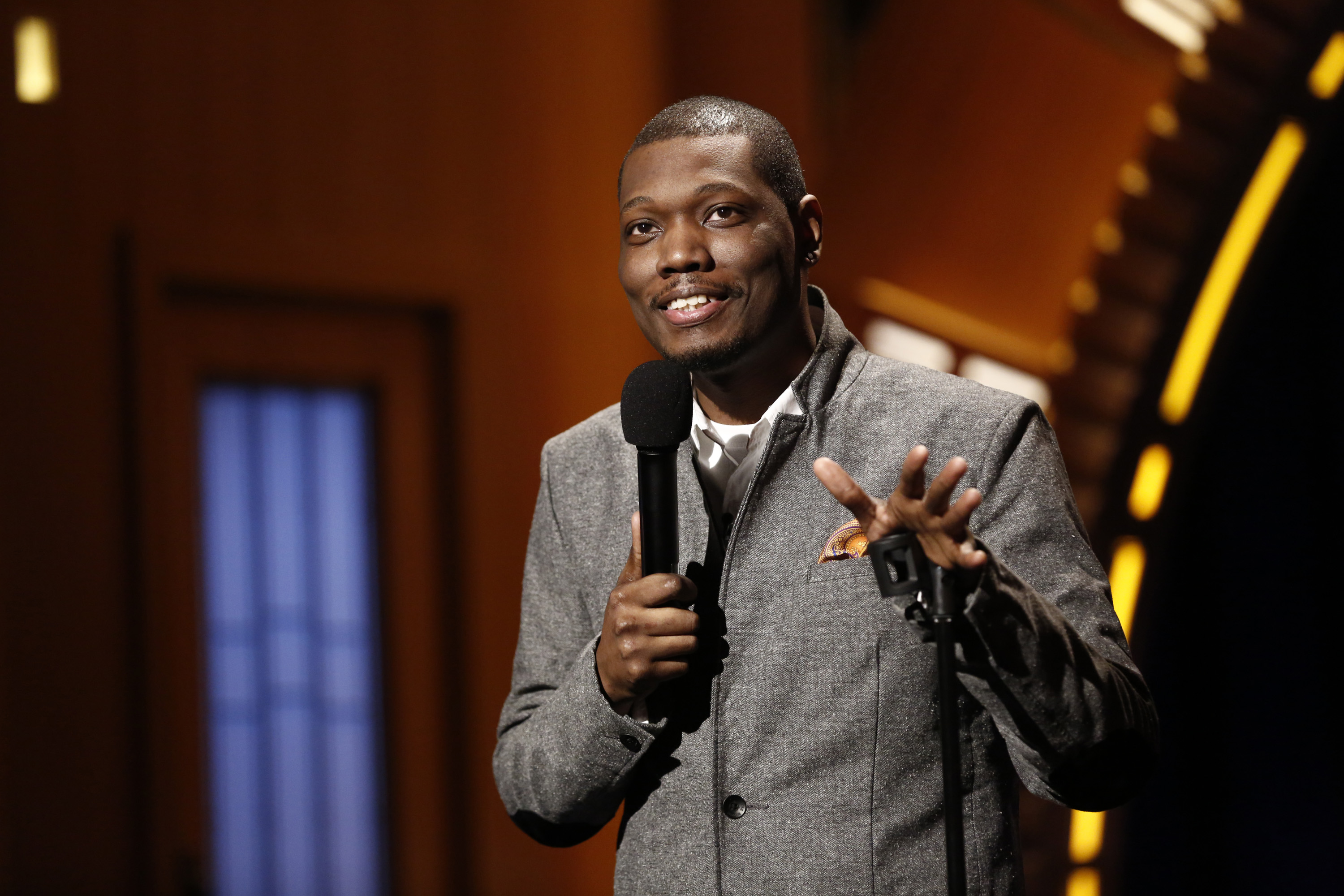 Comedian Michael Che performs on Feb. 28, 2014.