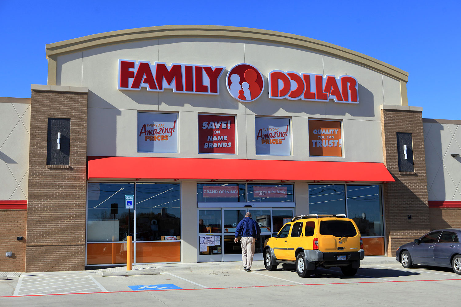 The store front of a Family Dollar Stores Inc. location in Mansfield, Texas, Jan. 7, 2014.
