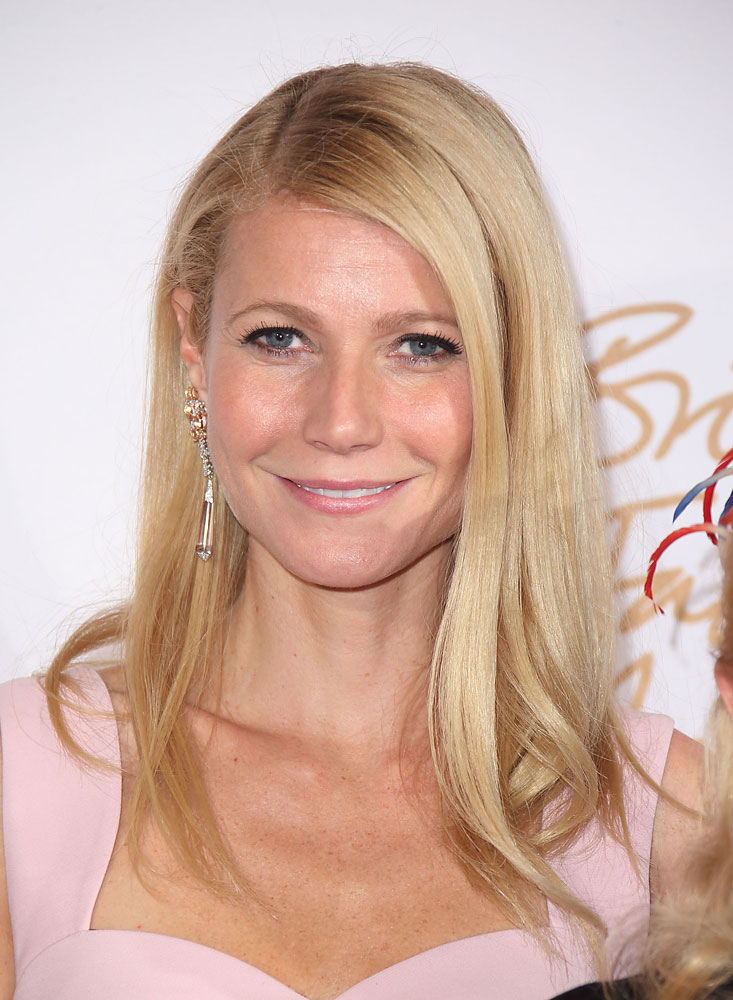 Gwyneth Paltrow poses in the winners room at the British Fashion Awards 2013 at London Coliseum on December 2, 2013.