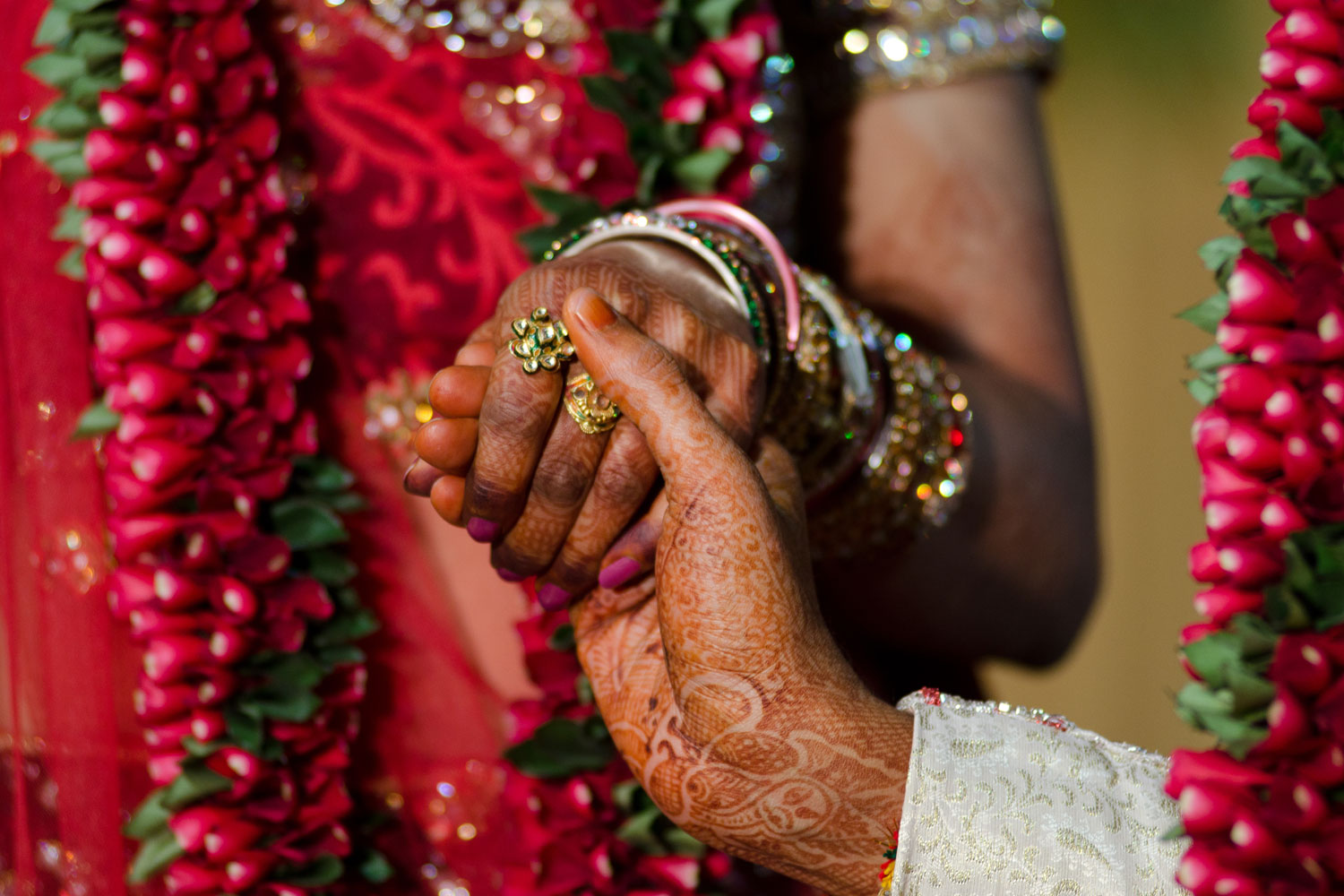 Voters in the constituency of Tonk-Sawai Madhopur in India's Rajasthan state can get a free wedding by voting for a local independent candidate