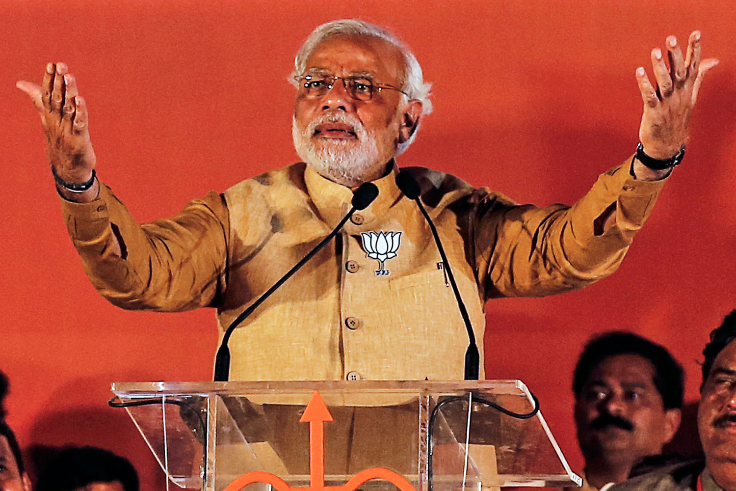 Hindu nationalist Narendra Modi, prime ministerial candidate for the main opposition Bharatiya Janata Party (BJP), gestures as he addresses an election campaign rally in Mumbai April 21, 2014.