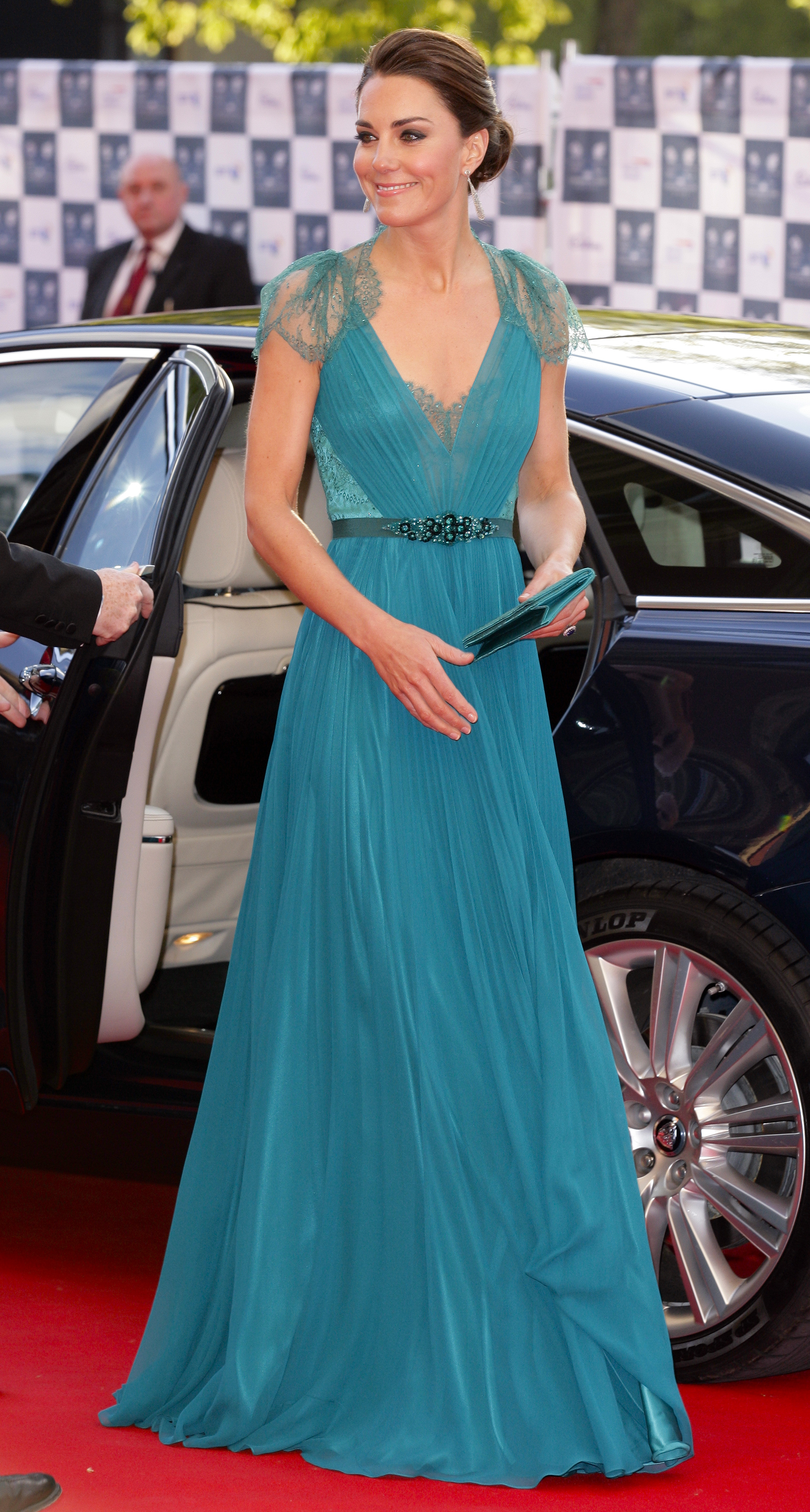 <strong>Team Teal</strong>                                   On May 11, 2012, the Duchess attended a gala event marking the countdown to the London Olympic Games in a gorgeous gown designed by the British Jenny Packham.