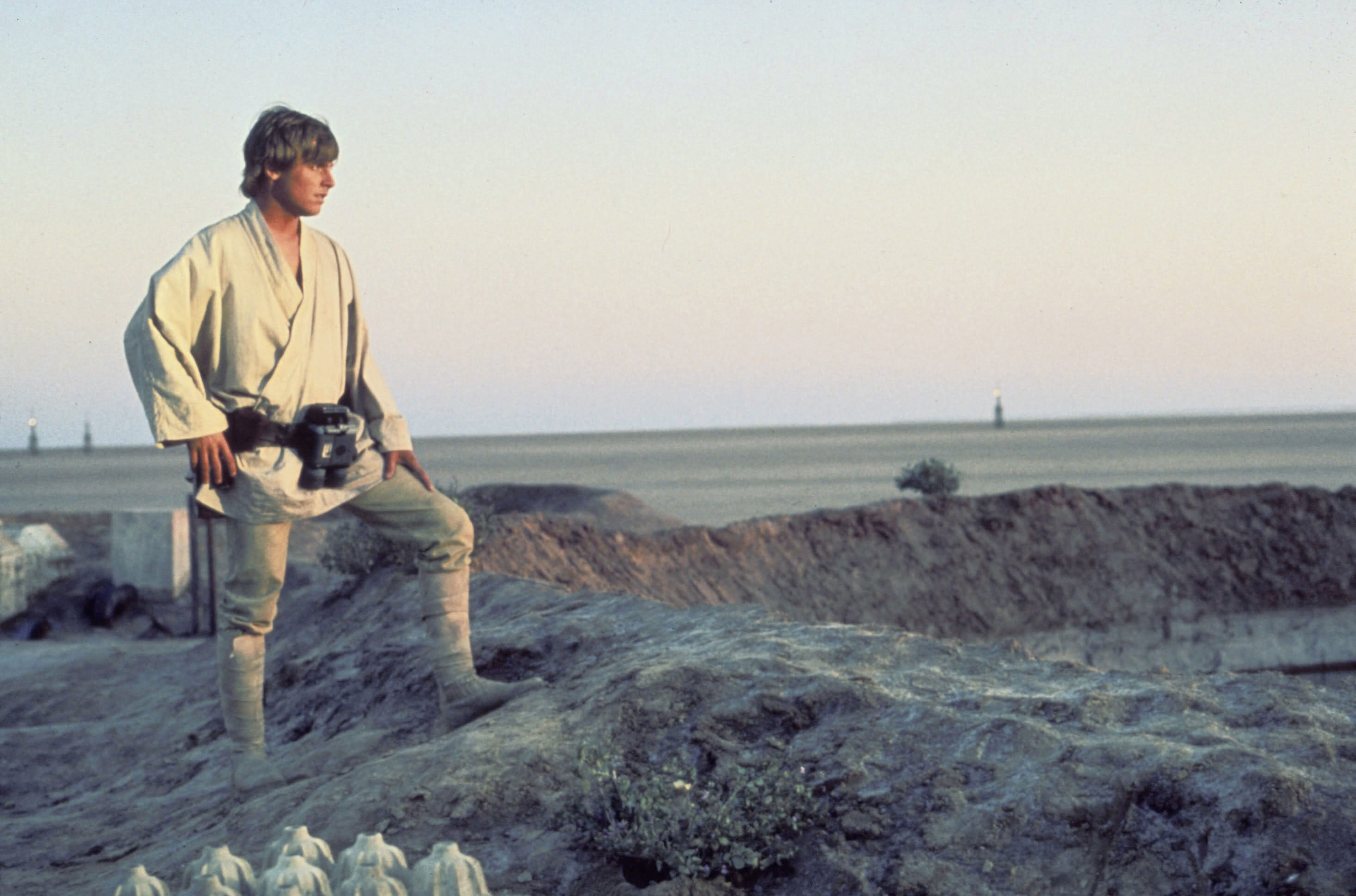 Mark Hamill as Luke Skywalker on the Tatooine set of Star Wars: Episode IV - A New Hope