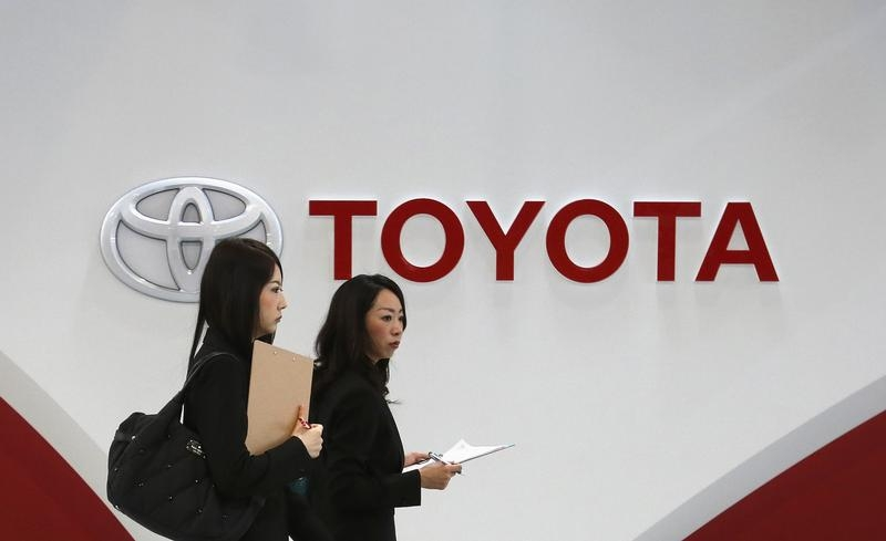 The Japanese giant Toyota recalls several million cars world-wide