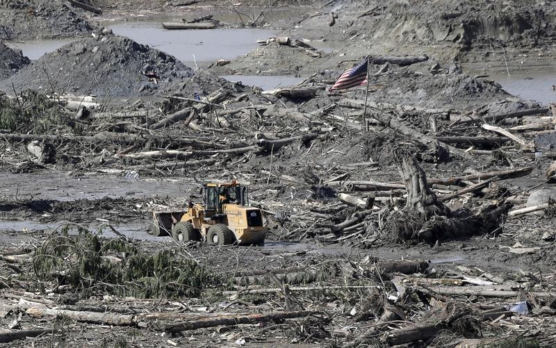 The search for the missing people after the deadly mudslide continues in Oso