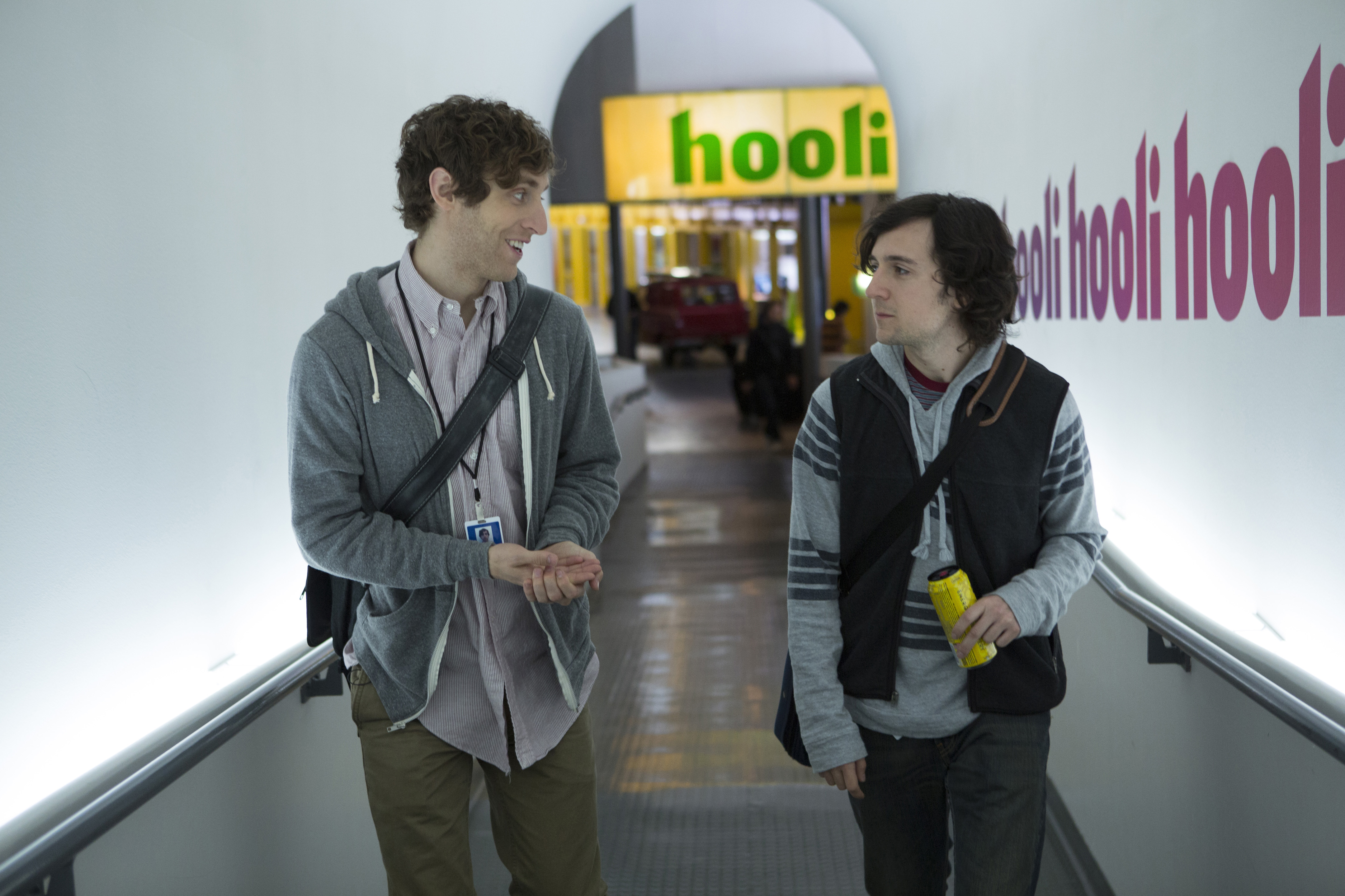 Middleditch and Brener in the pilot of Silicon Valley.