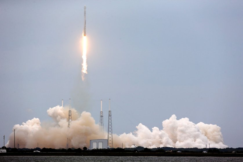 A rocket carrying the SpaceX Dragon ship lifts off from launch complex 40 at the Cape Canaveral Air Force Station in Cape Canaveral, Fla. on April 18, 2014.