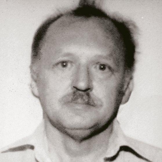 Ronald W. Pelton