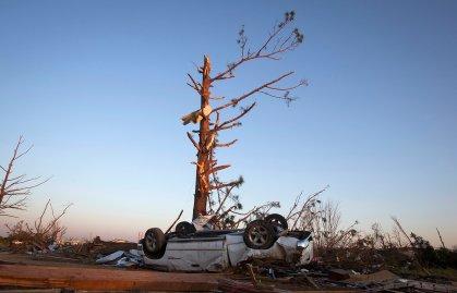 Arkansas Tornado Damage 01