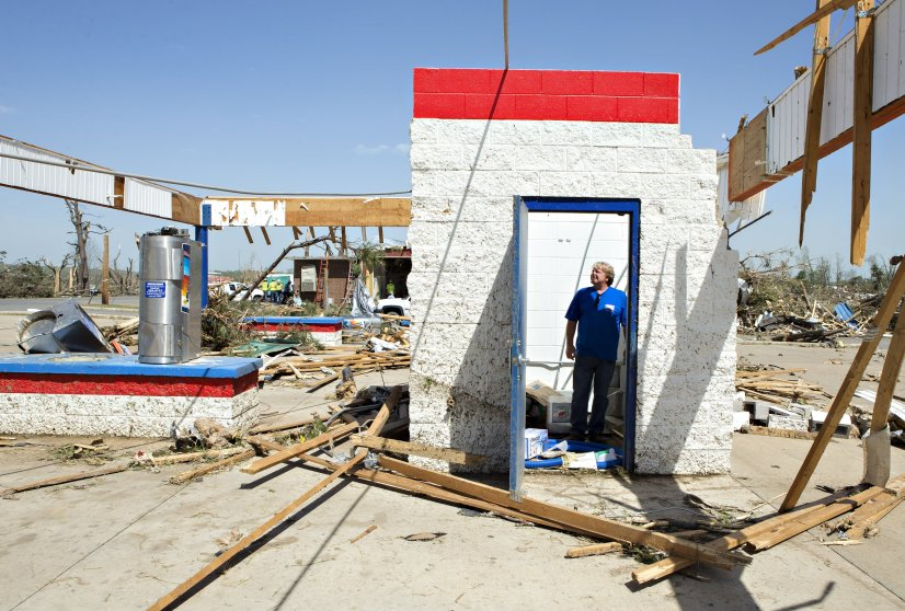Arkansas Tornado Damage 03