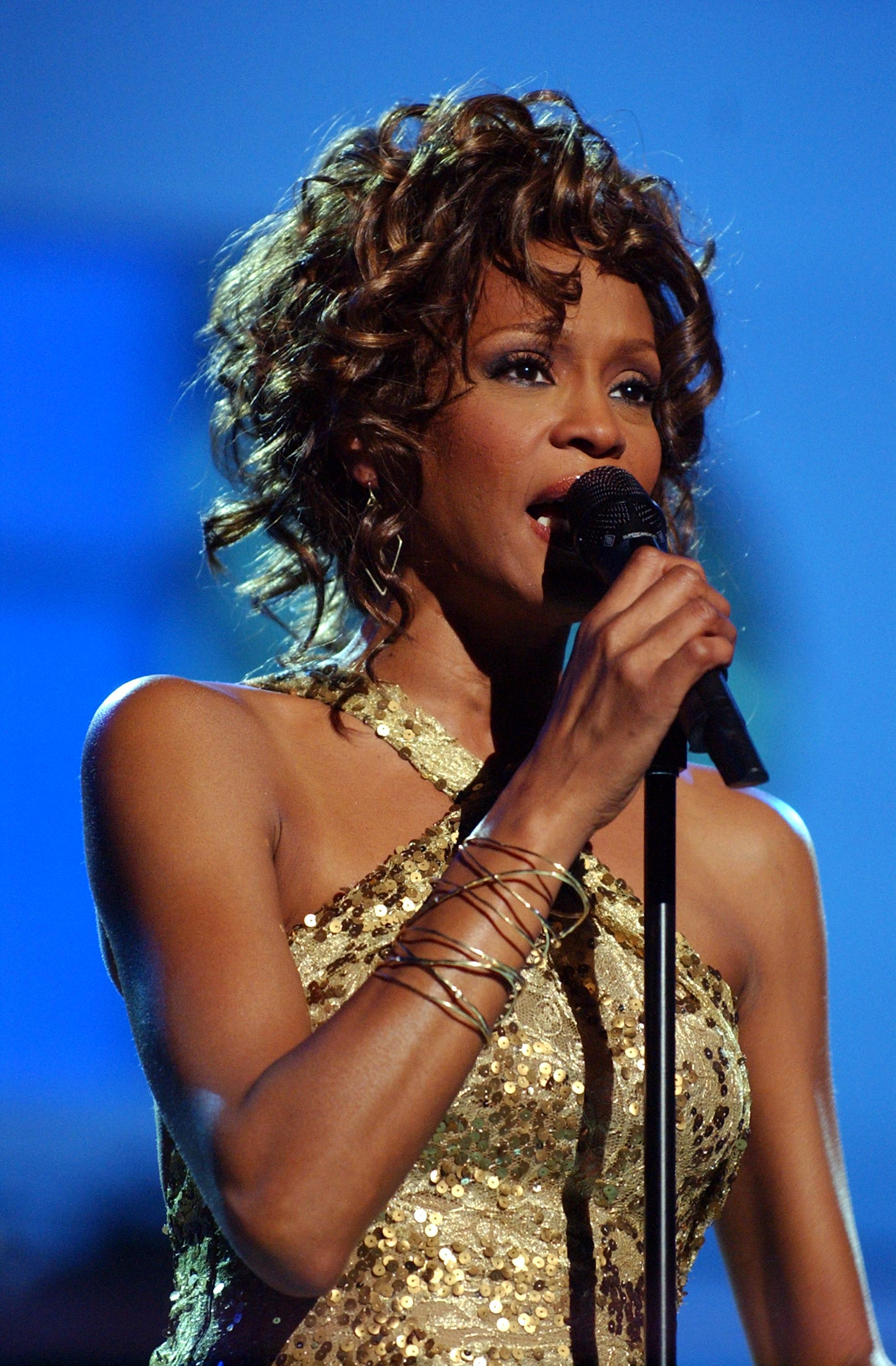 Whitney Houston during VH1 Divas Duets: A Concert to Benefit the VH1 Save the Music Foundation at MGM Grand in Las Vegas, Nevada, in 2003