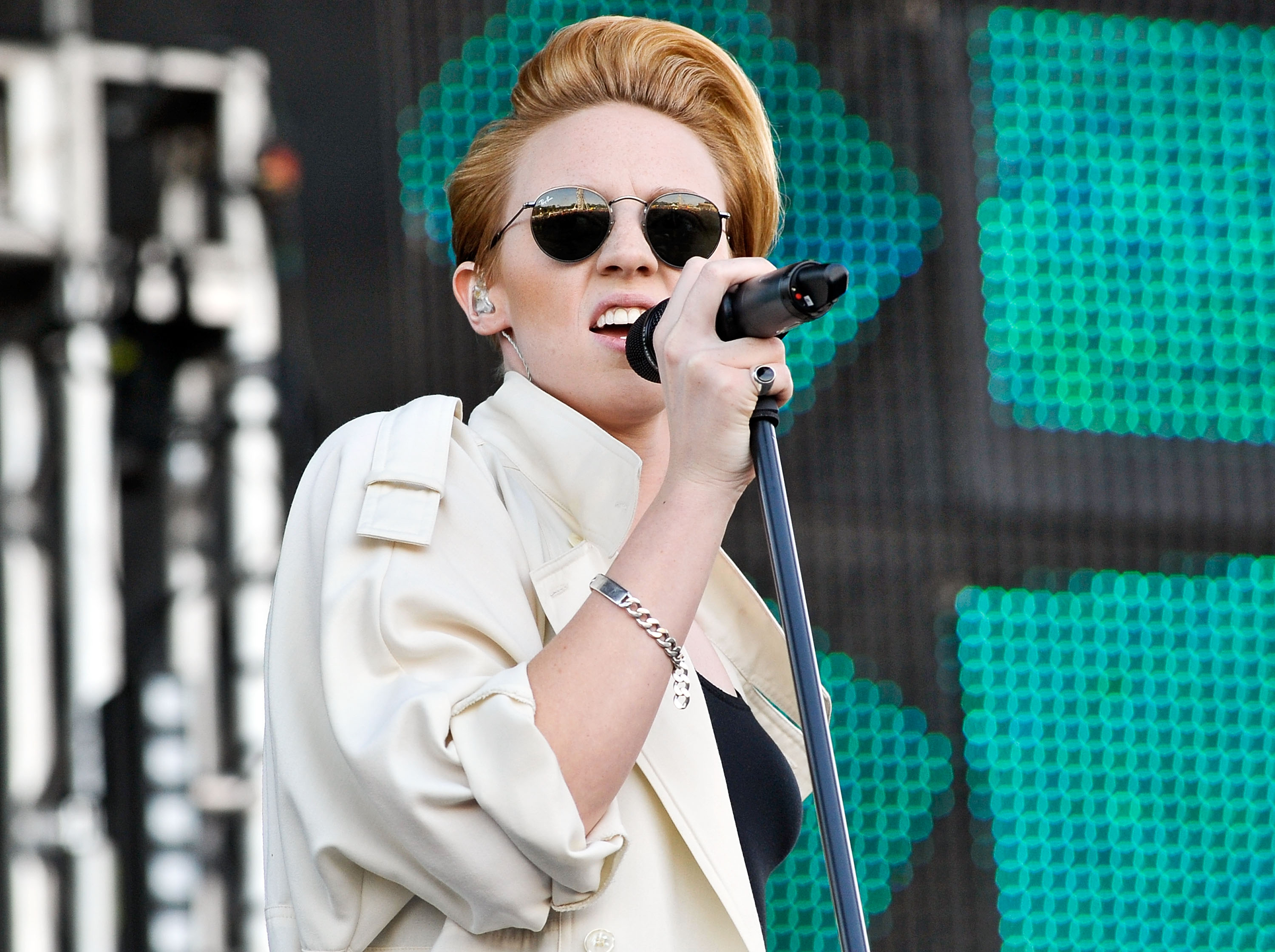 Elly Jackson of La Roux performs at Electric Daisy Carnival in 2013