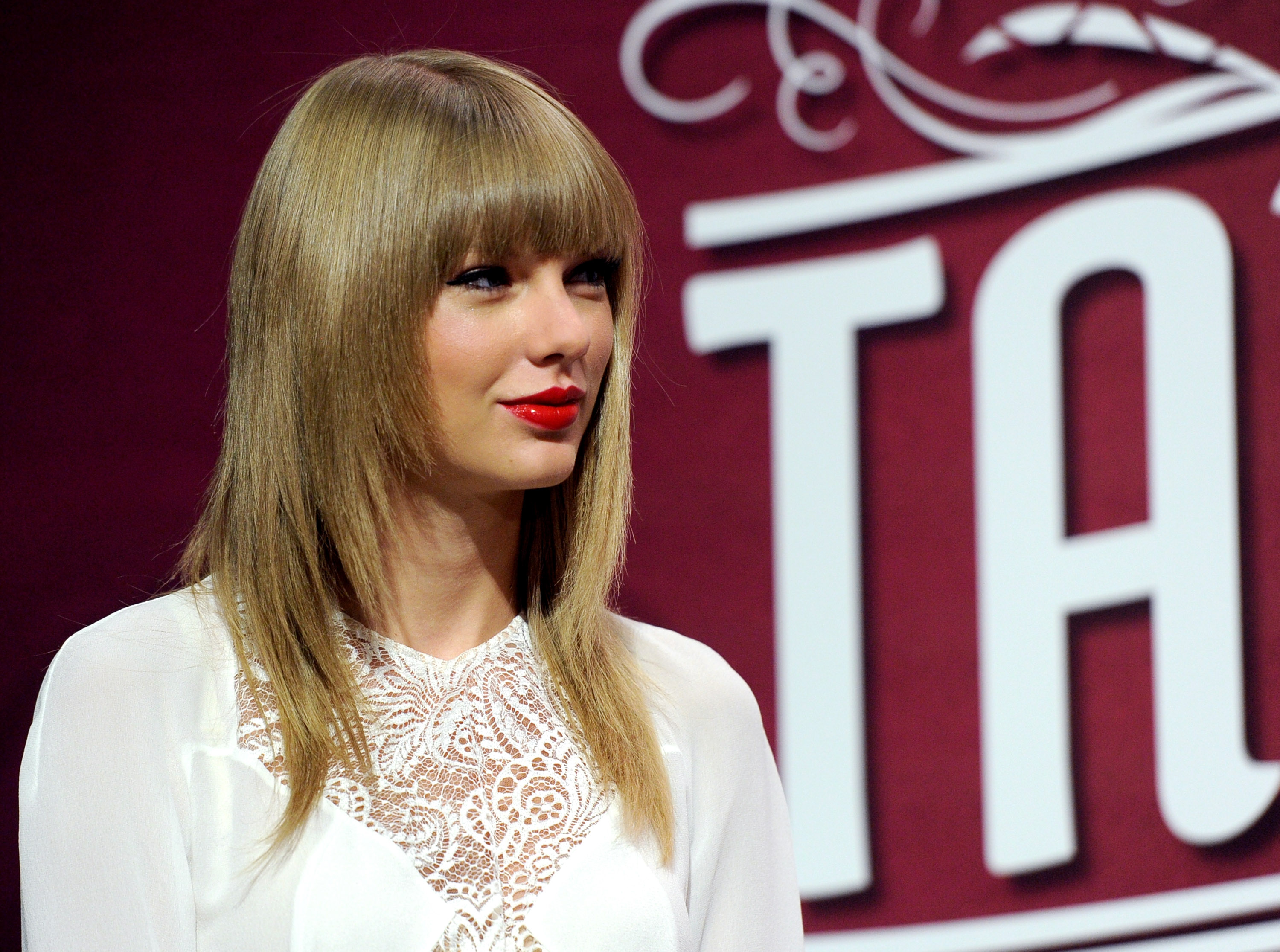 Taylor Swift Cancels Thailand Concert After Military Coup And Unrest Time