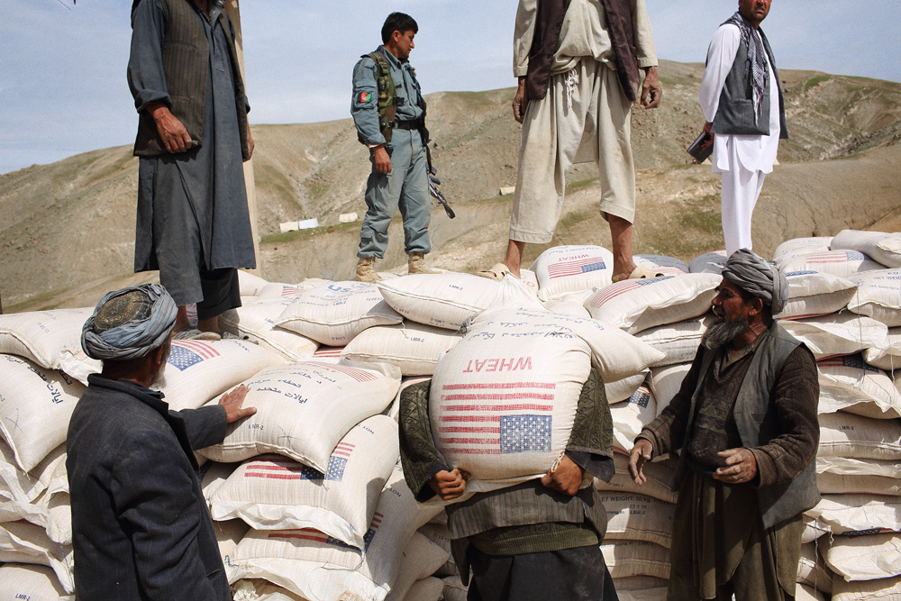 Aid deliveries arrived in greater quantities on Sunday with contributions such as bags of wheat from USAID, May 4, 2014.