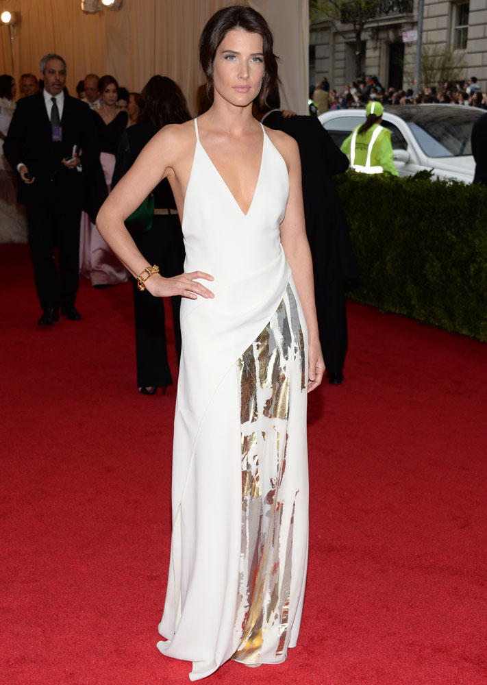 Cobie Smulders attends The Metropolitan Museum of Art's Costume Institute benefit gala celebrating  Charles James: Beyond Fashion  on May 5, 2014, in New York City.