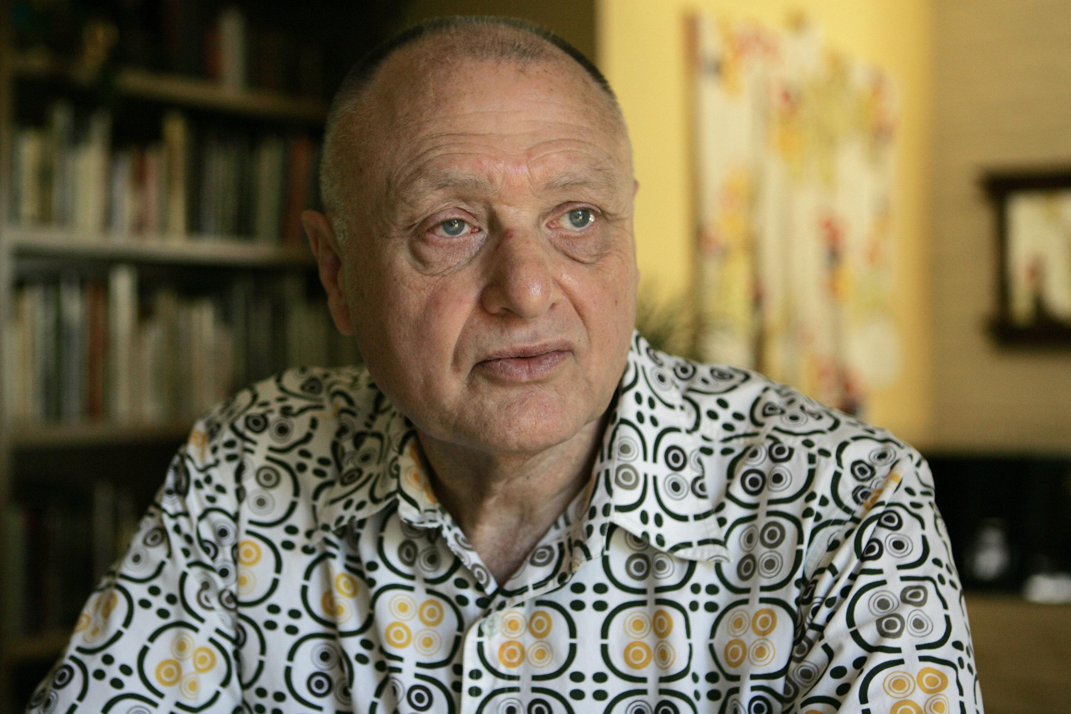 Dr. Jay Chapman at his home on May 8, 2007, in Napa, Calif.
