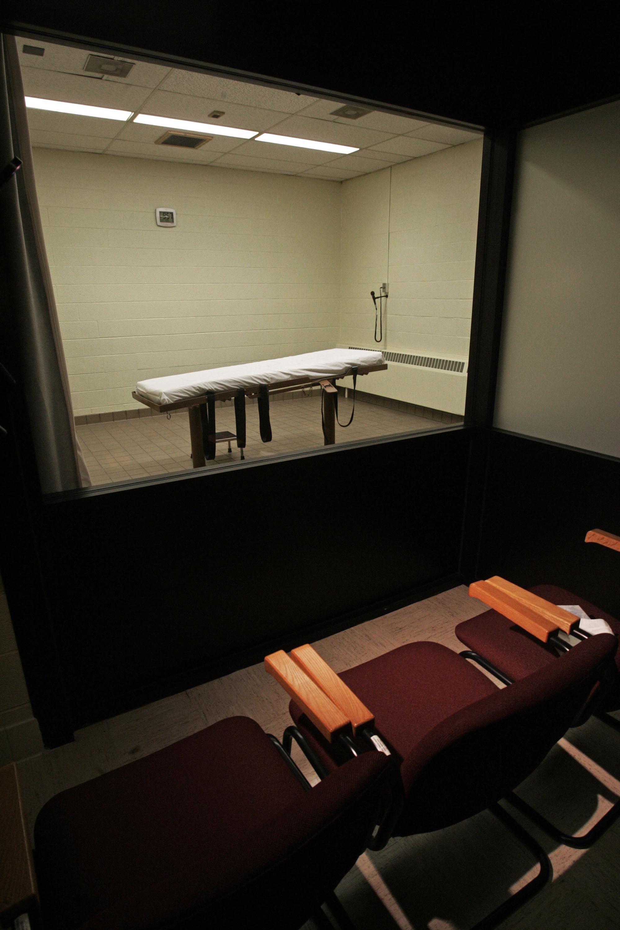 Final moments The viewing room at the Southern Ohio Correctional Facility looks onto the chamber where McGuire was executed