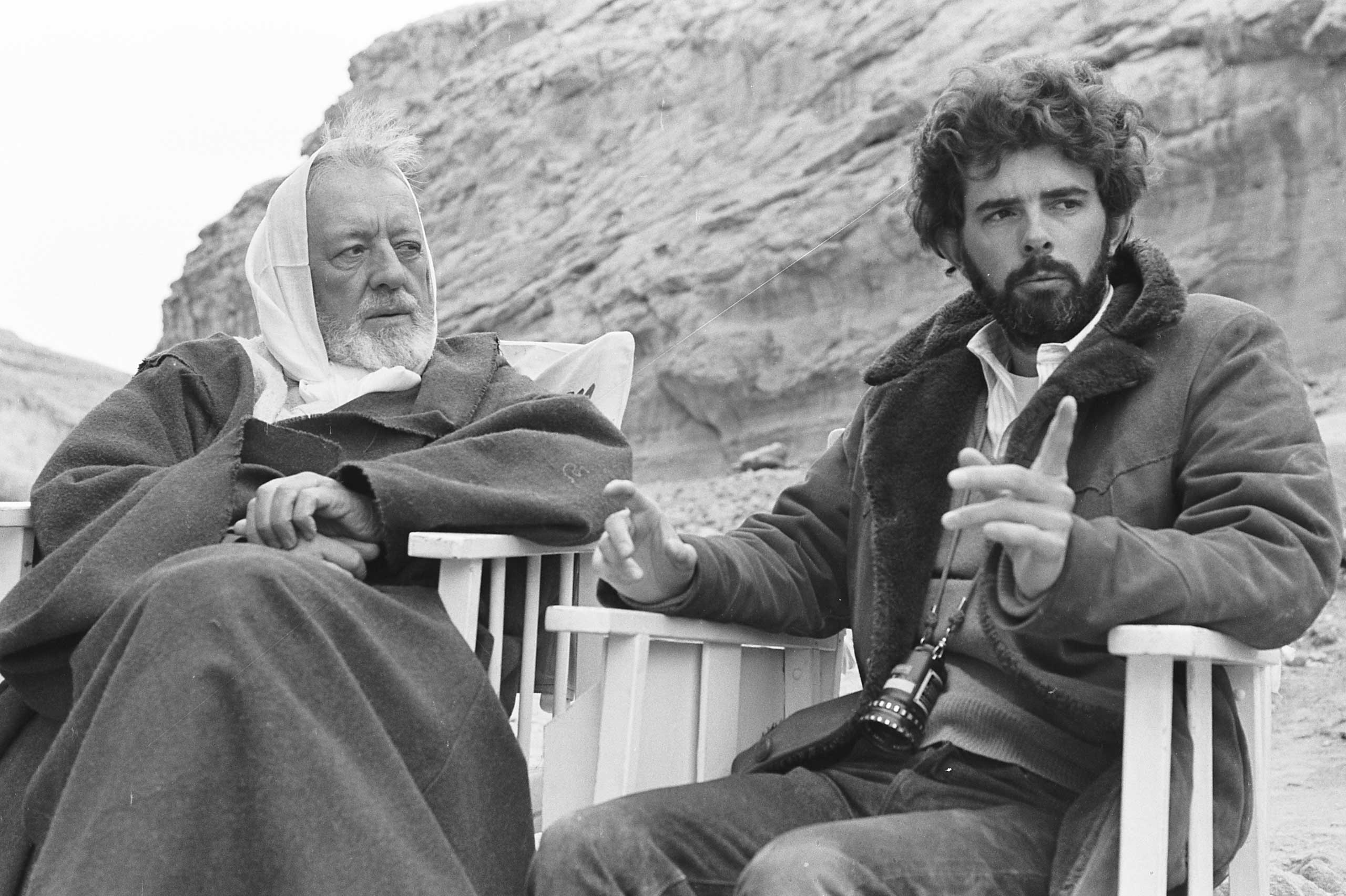 Lucas gives direction to Sir Alec Guinness (Obi-Wan Kenobi) in Episode IV.