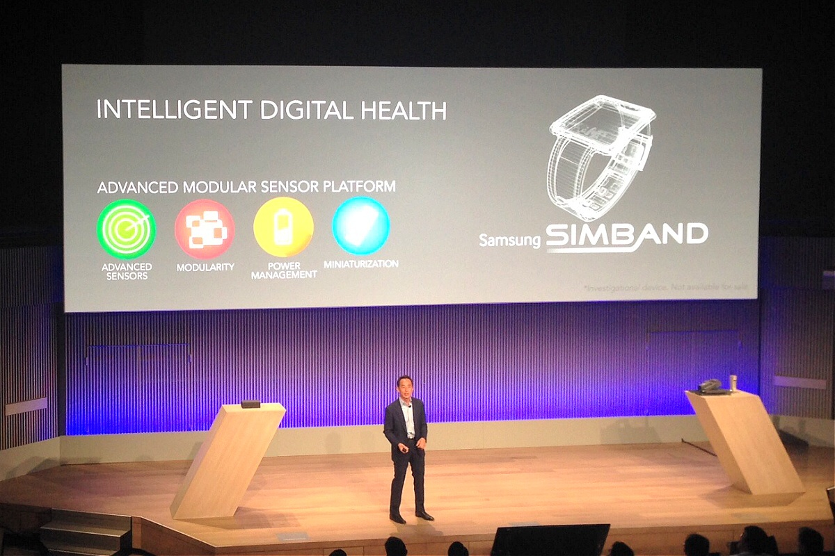Samsung Electronics president Young Sohn reveals the Simband at an event in San Francisco on May 28, 2014