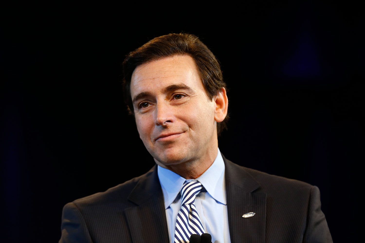 Ford Motor Company Chief Operating Officer Mark Fields speaks during a news conference in Dearborn, Mich., May 1, 2014.