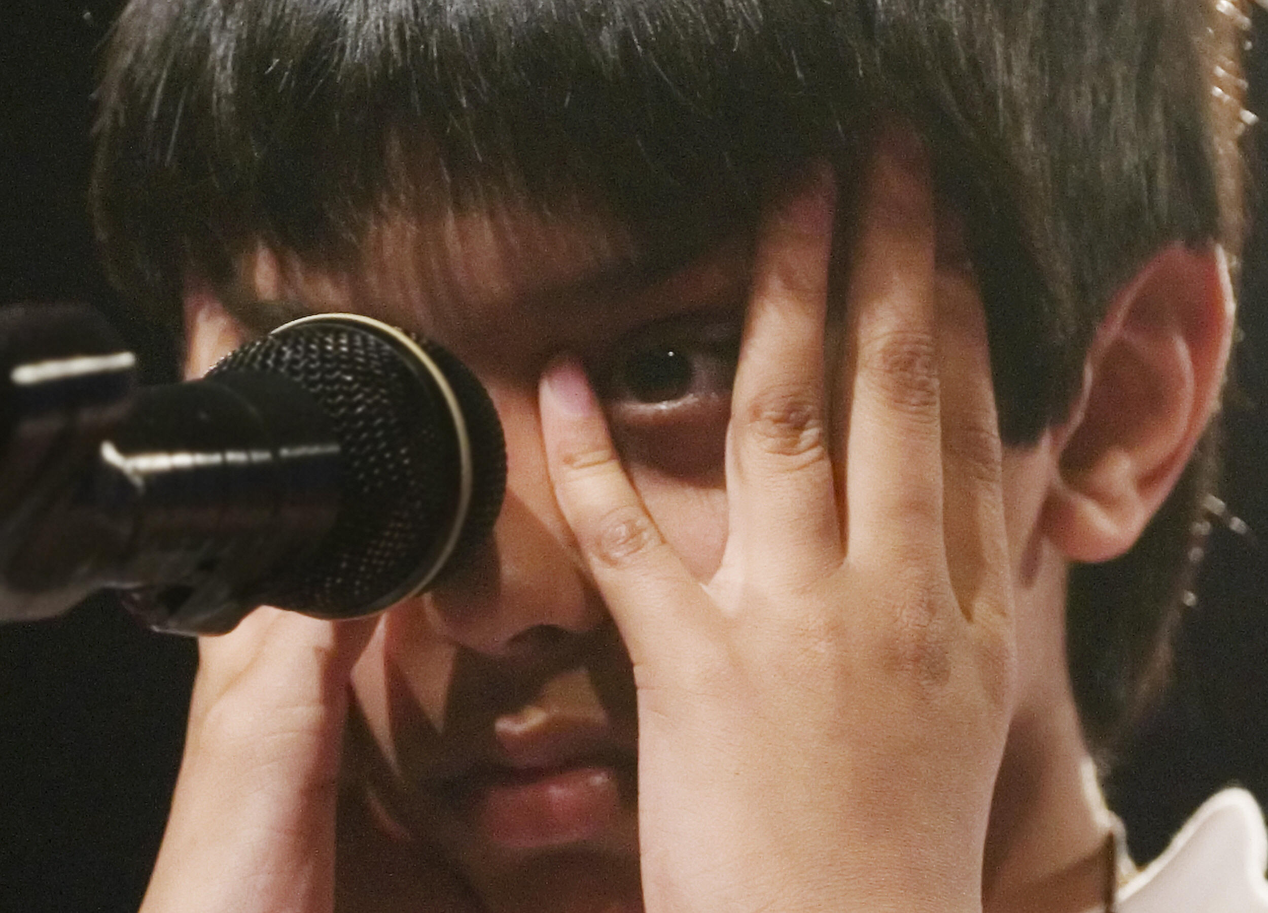 "Samir Patel of Colleyville, Texas struggles to spell the word ""eremacausis"" during round 7 of the Scripps National Spelling Bee on June 1, 2006 in Washington."