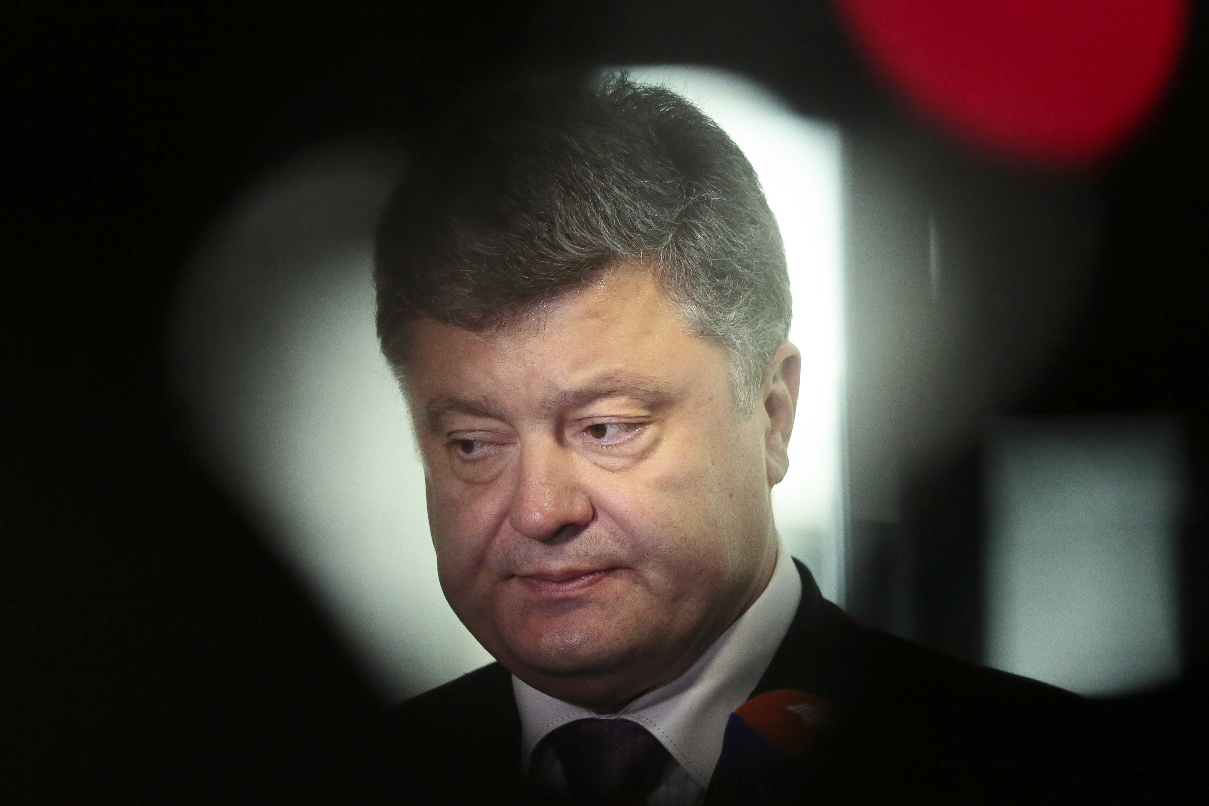 Ukrainian presidential candidate and businessman Petro Poroshenko briefs the media after a meeting with Germany's Christian Union's faction law makers in Berlin on May 7, 2014.