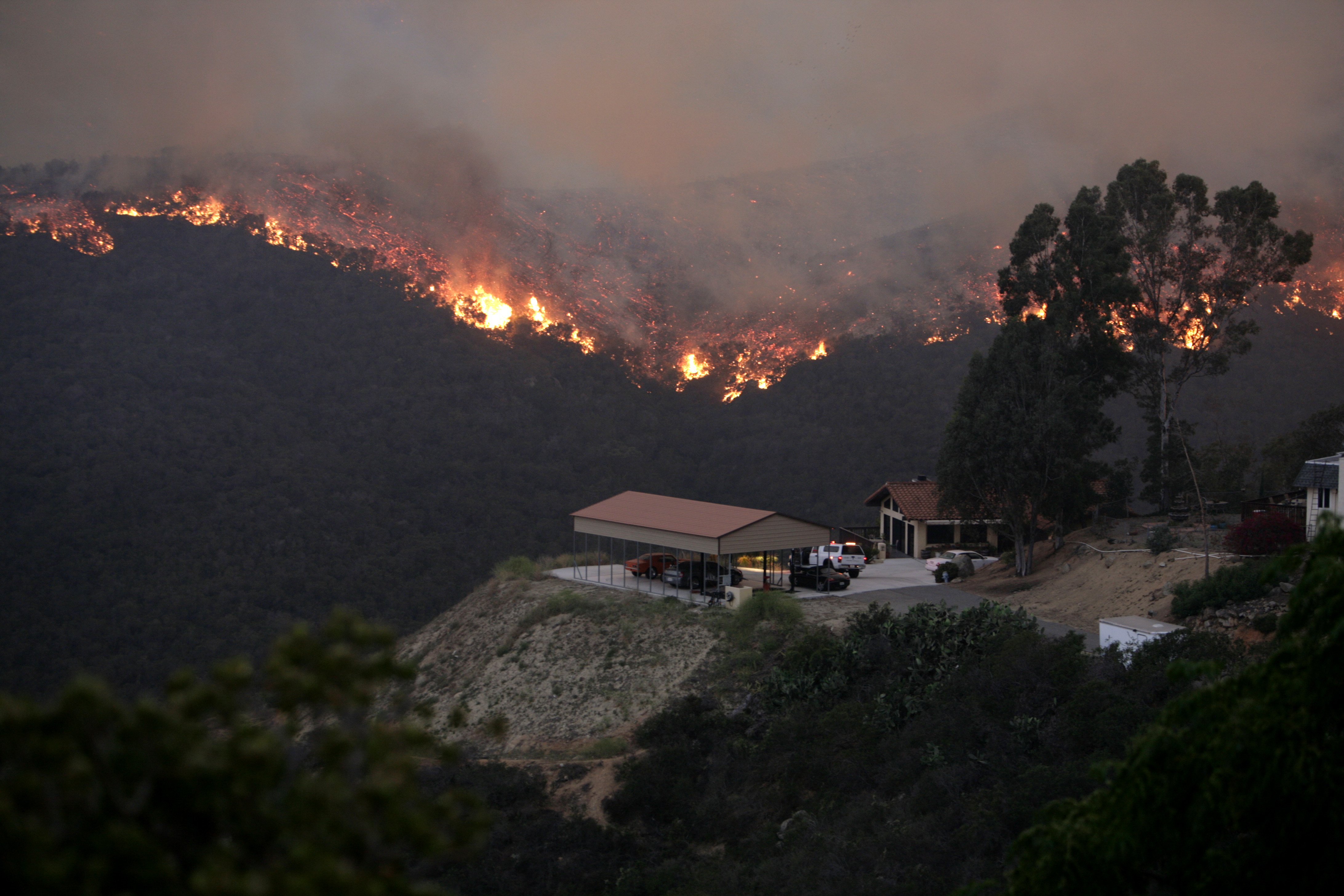 Fire moves quickly through the Coronado Hills in San Marcos, San Diego county on May 14, 2014.