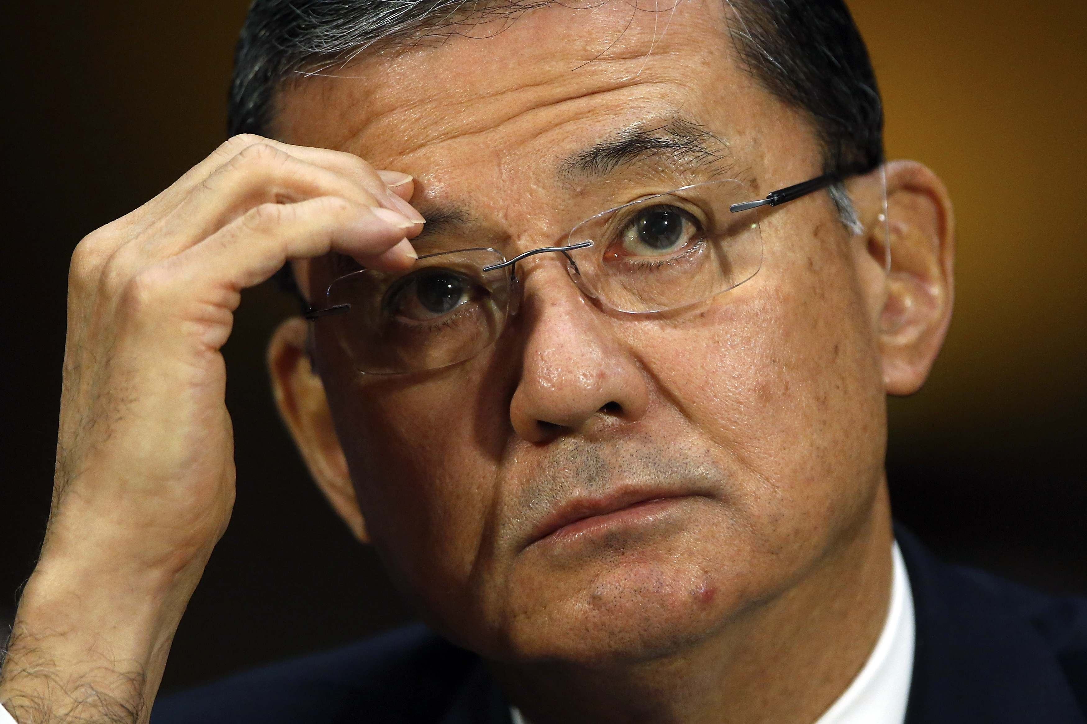 U.S. Department of Veterans Affairs Secretary Eric Shinseki testifies before a Senate Veterans Affairs Committee hearing on VA health care, on Capitol Hill in Washington, May 15, 2014.