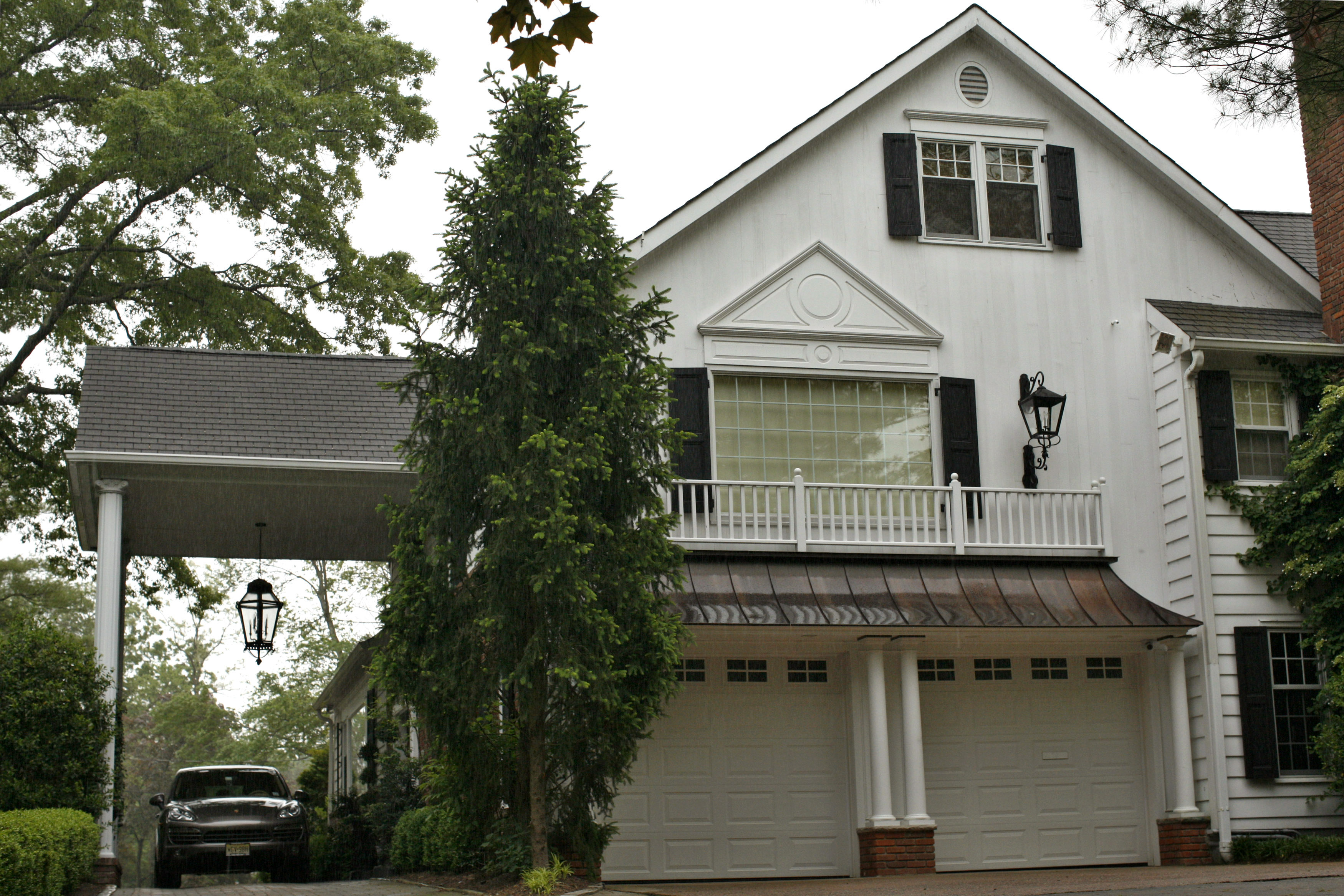 A view of the home of former JP Morgan chief investment officer Ina Drew in Short Hills, New Jersey, on May 14, 2012.