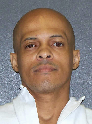 This photo provided by the Texas Department of Criminal Justice shows inmate Robert Campbell