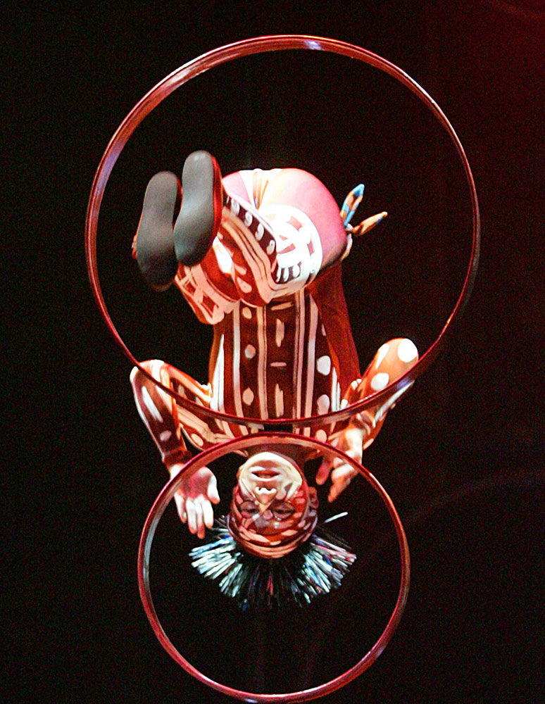 A Cirque du Soleil performer during a photo rehearsal of their show 'Dralion' in Berlin on Aug. 29, 2006.