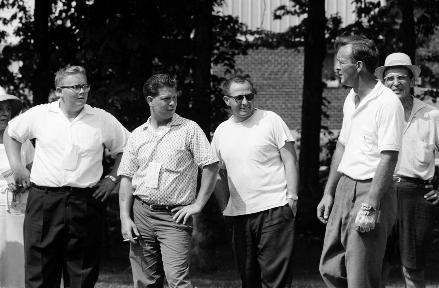 Arnold Palmer and his admiring fans, 1962.