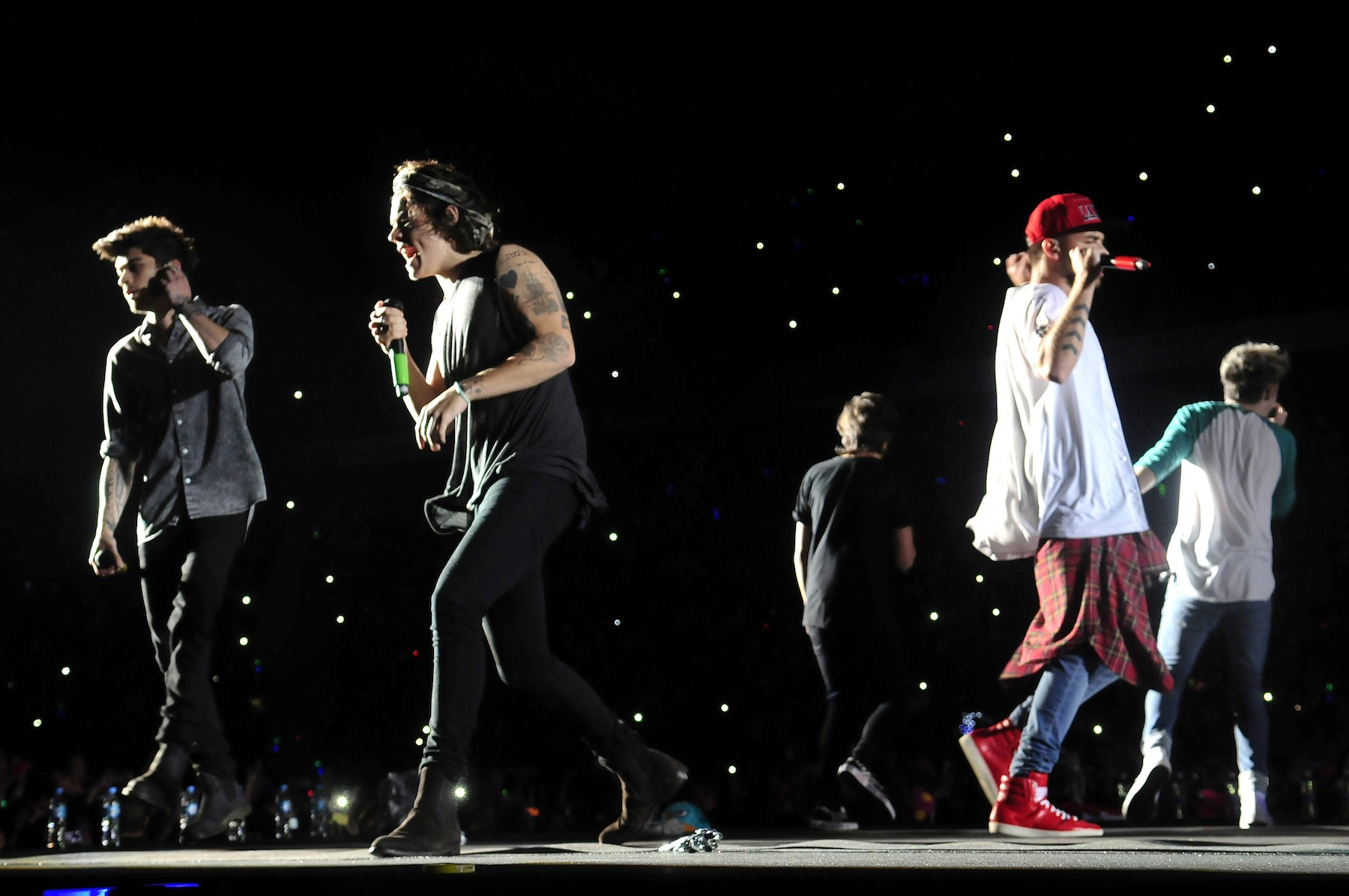 One Direction performs on May 3, 2014 in Buenos Aires