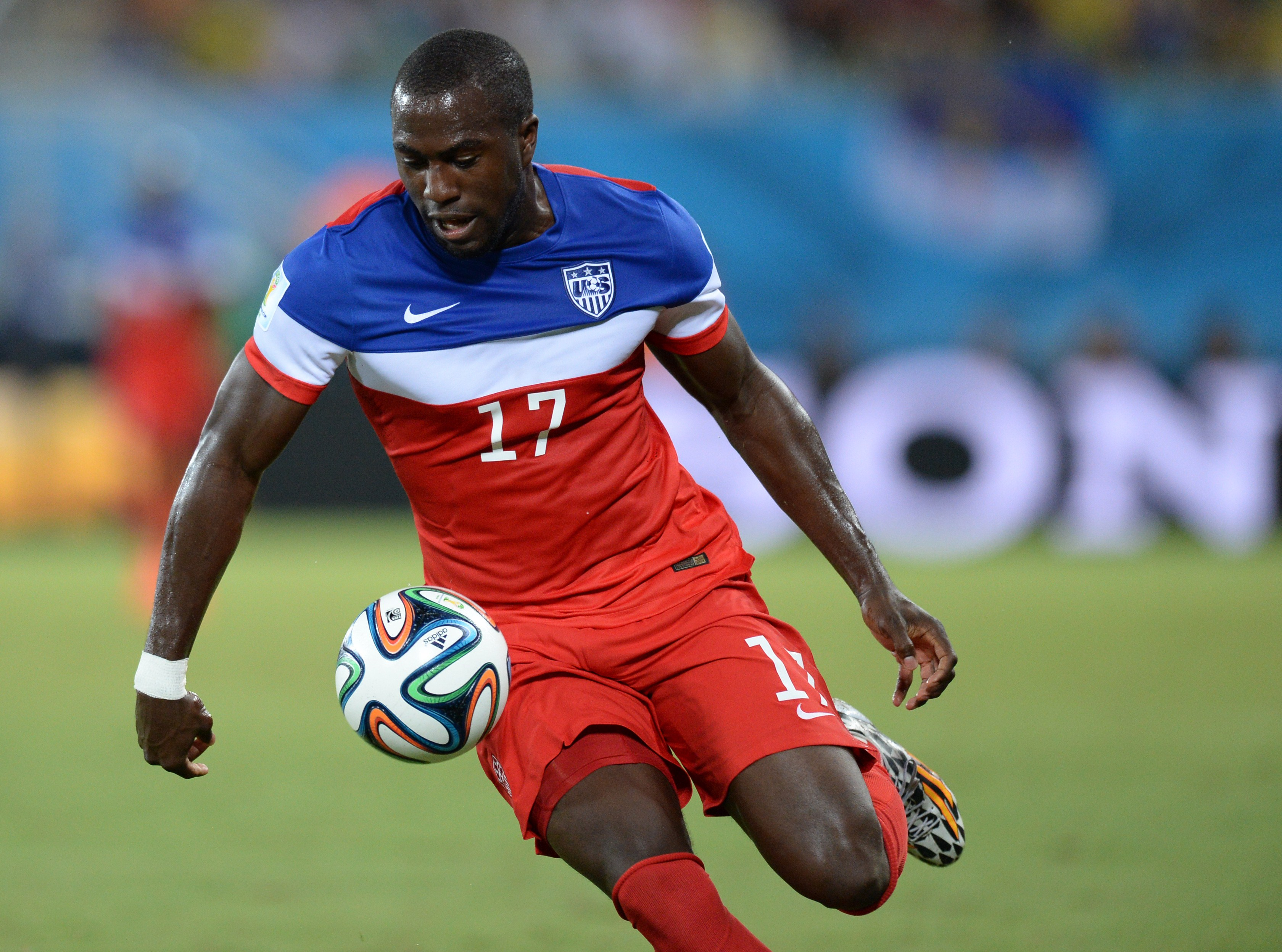 US forward Jozy Altidore controls the ball during a Group G football match between Ghana and US at the Dunas Arena in Natal during the 2014 FIFA World Cup on June 16, 2014.   AFP PHOTO / CARL DE SOUZA        (Photo credit should read CARL DE SOUZA/AFP/Getty Images)