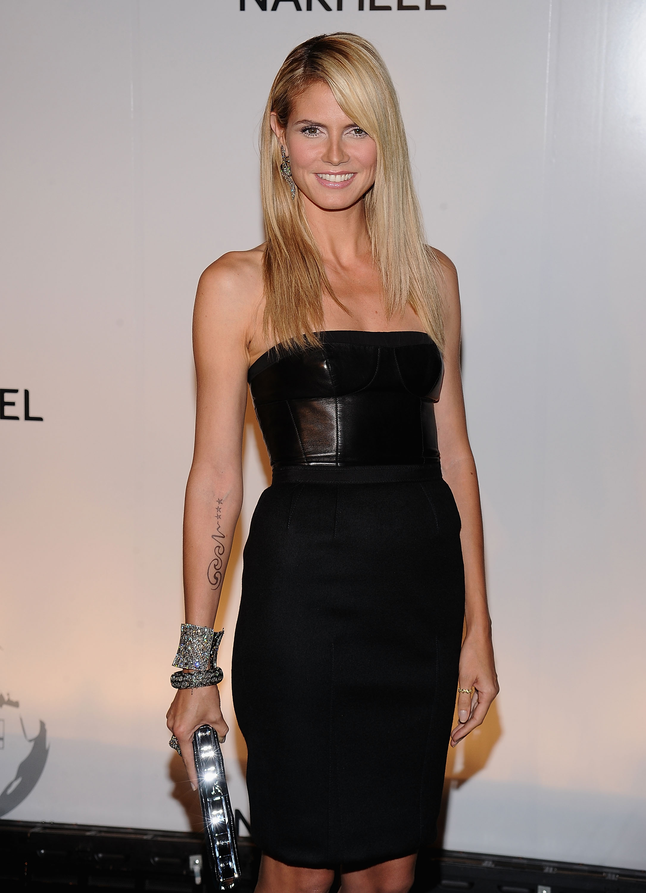 Model Heidi Klum attends the Trump International Hotel and Tower Dubai launch on June 23, 2008 at The Park Avenue Plaza in New York.