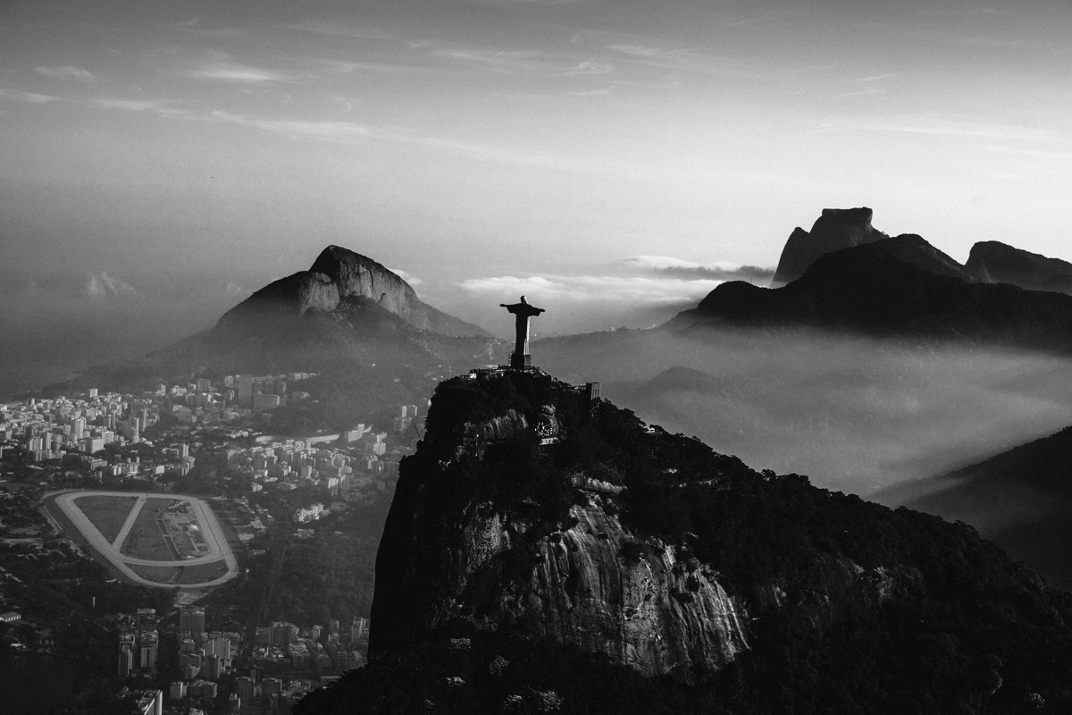 Photographer Nabil Elderkin travelled around the world for one month to produce Beats by Dr. Dre's World Cup commercial.