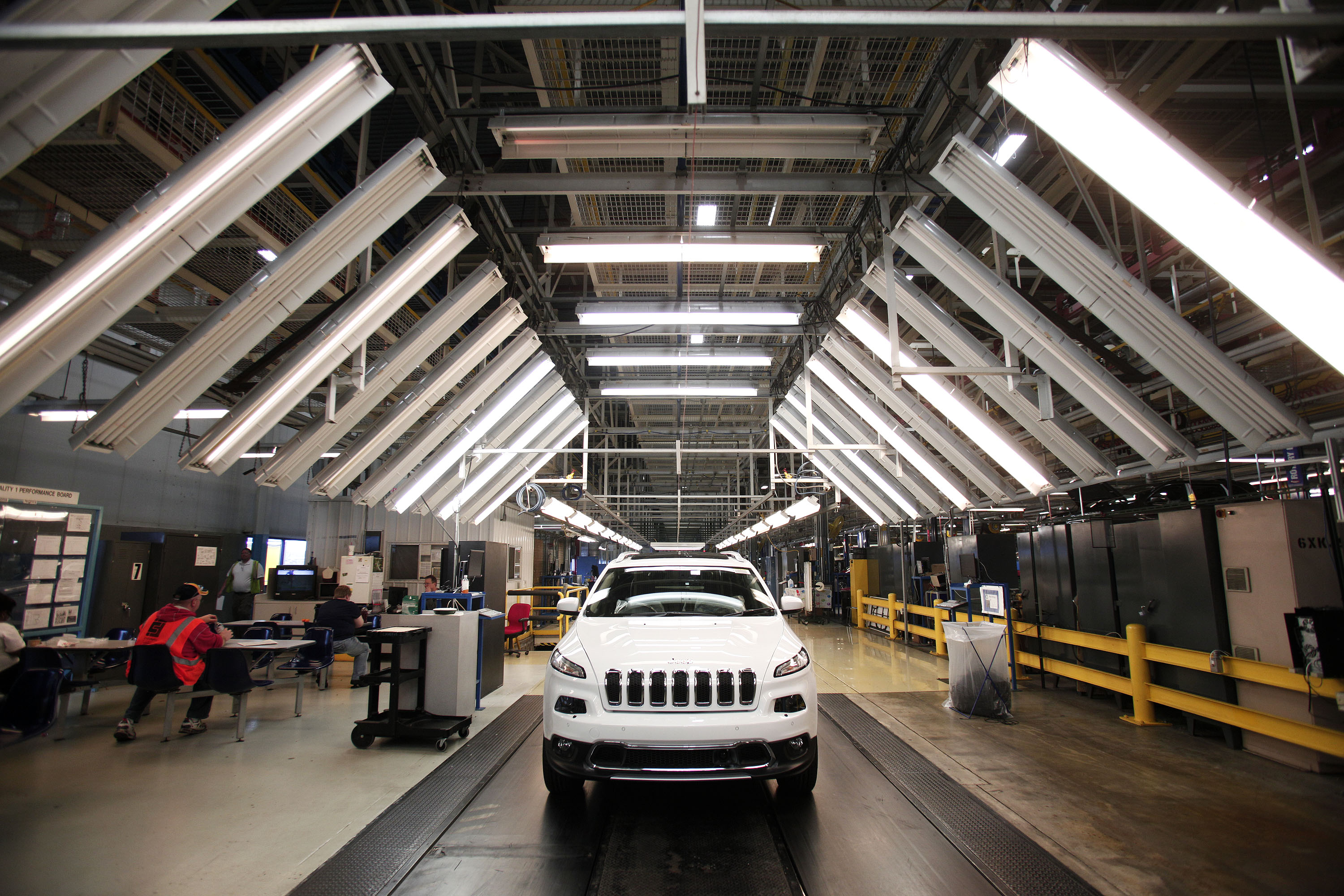 The 2014 Jeep Cherokee undergoes assembly at the Chrysler Toledo North Assembly Plant Jeep May 7, 2014 in Toledo, Ohio.